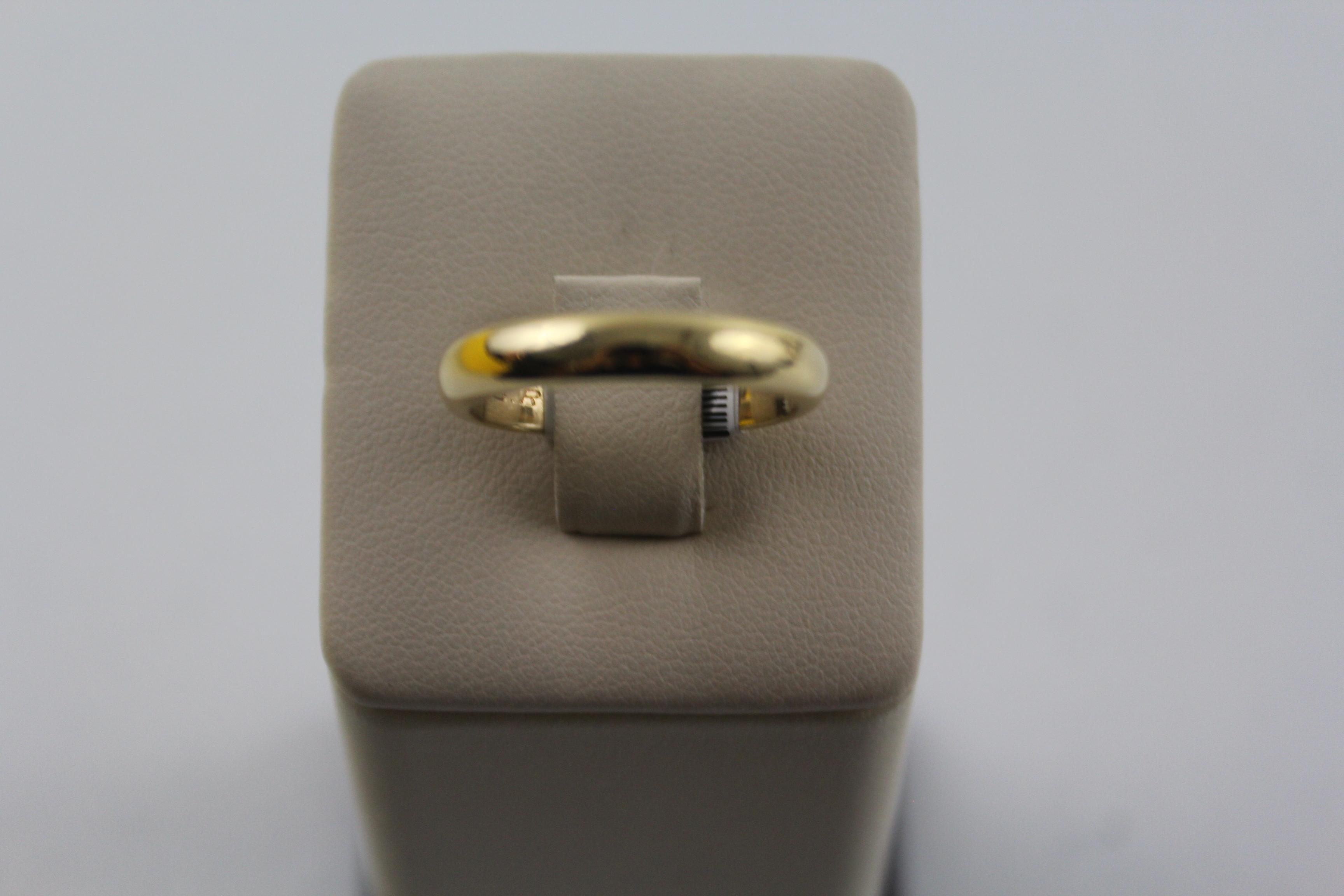 Men's 18K Yellow Gold Ring