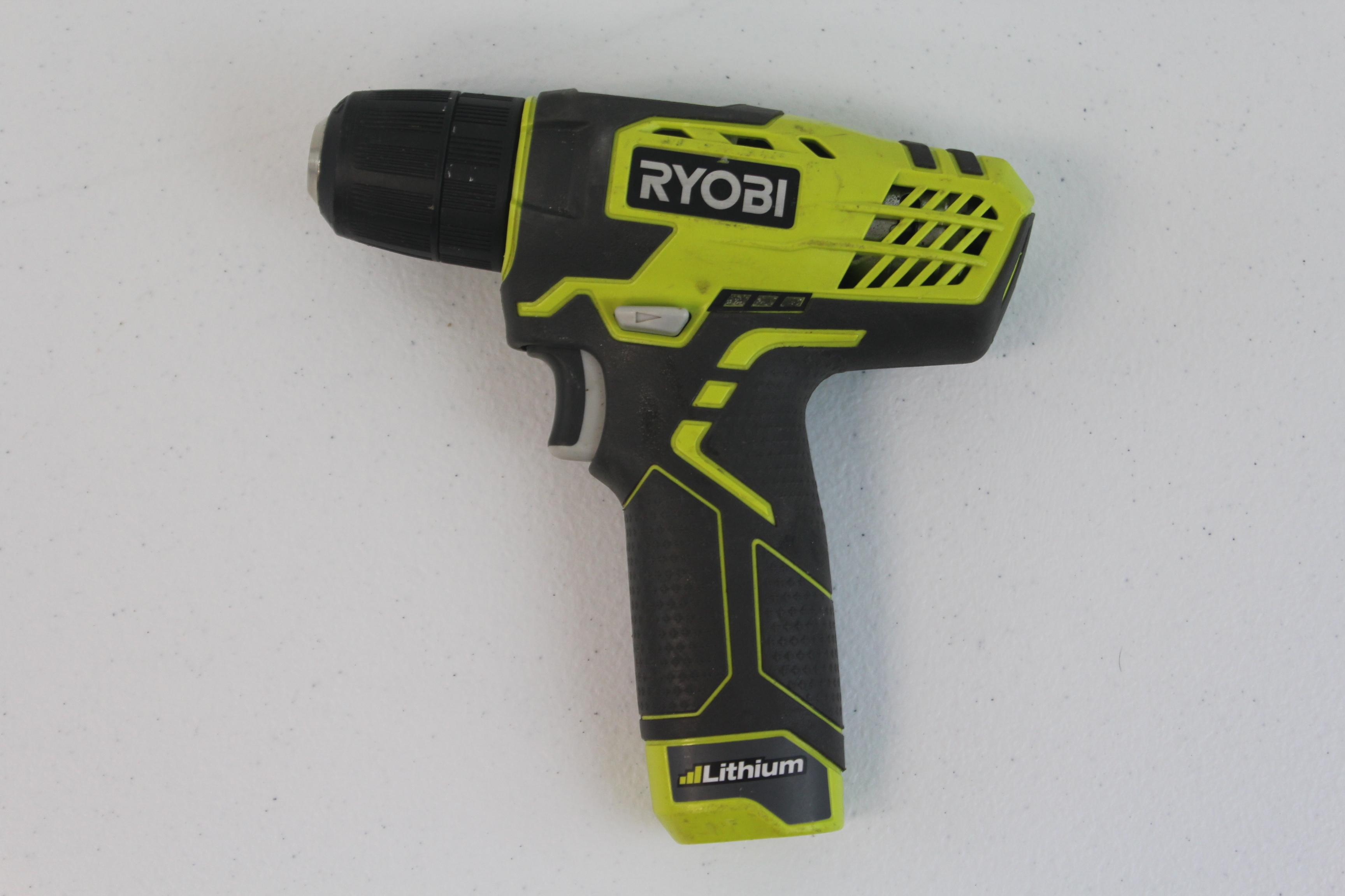 Ryobi 8V Drill