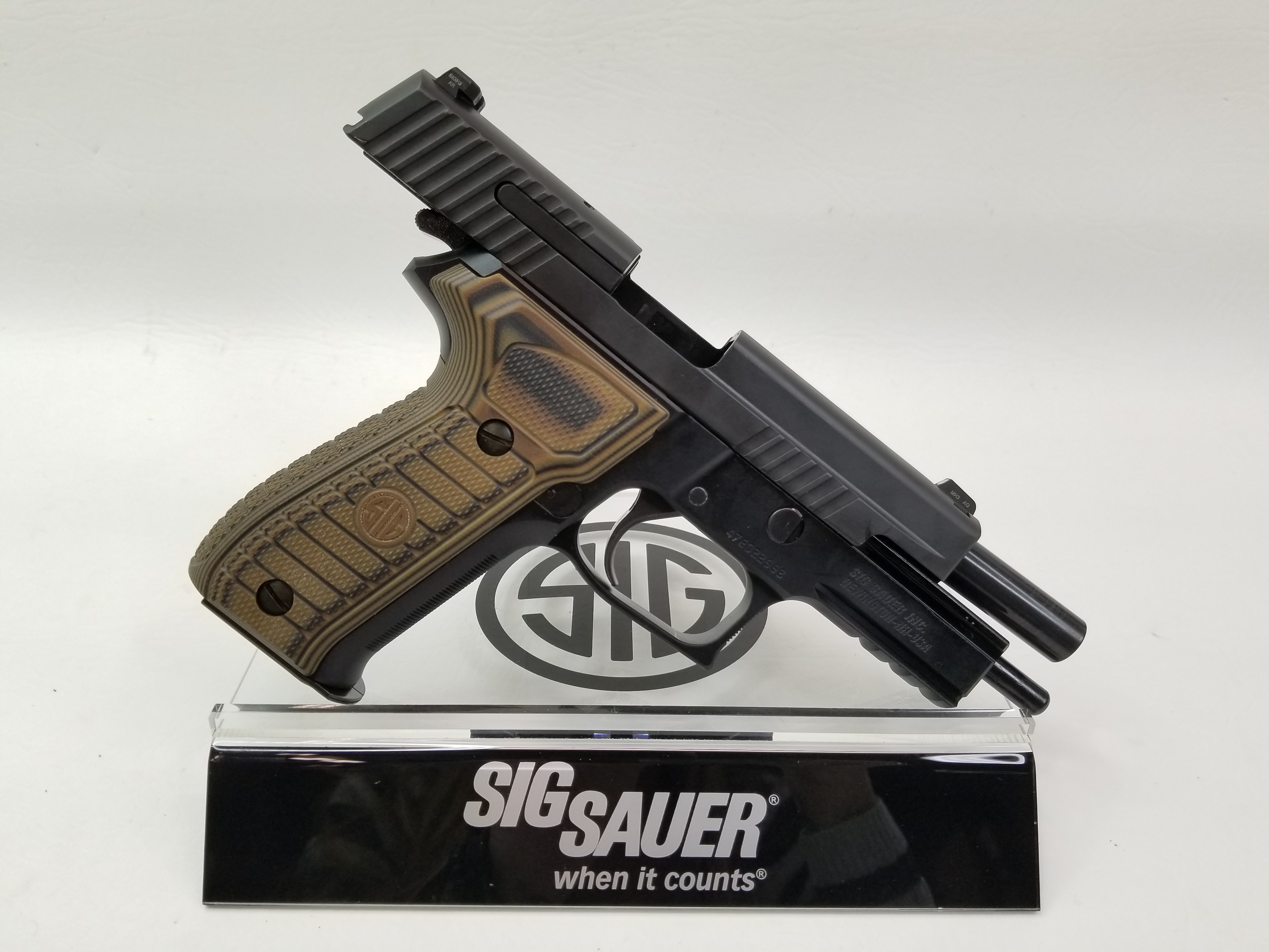 Sig Sauer P226 R Select 9mm Night Sight-img-7