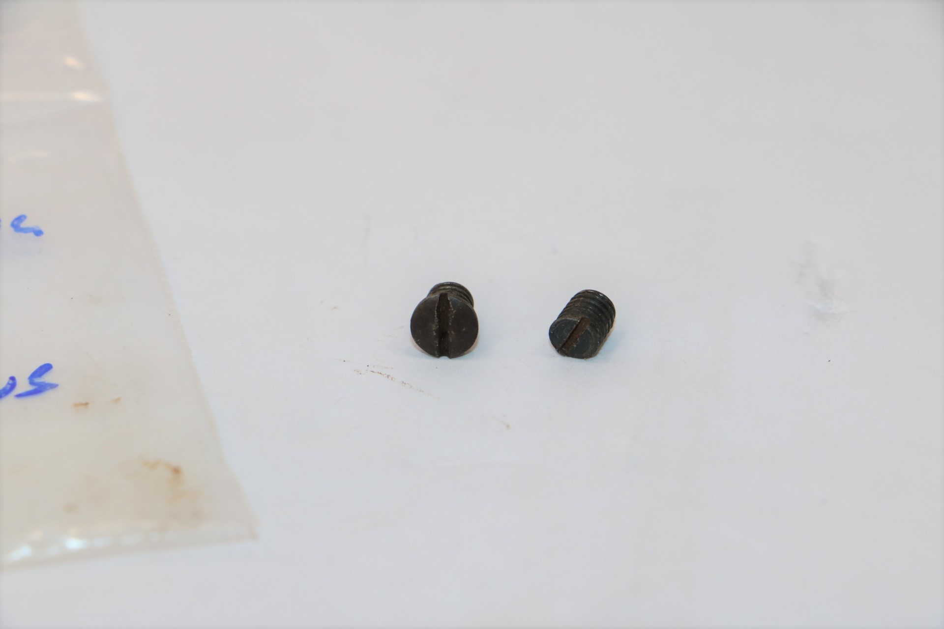 Colt Lighning Parts - Stock Screws Large & Small-img-2