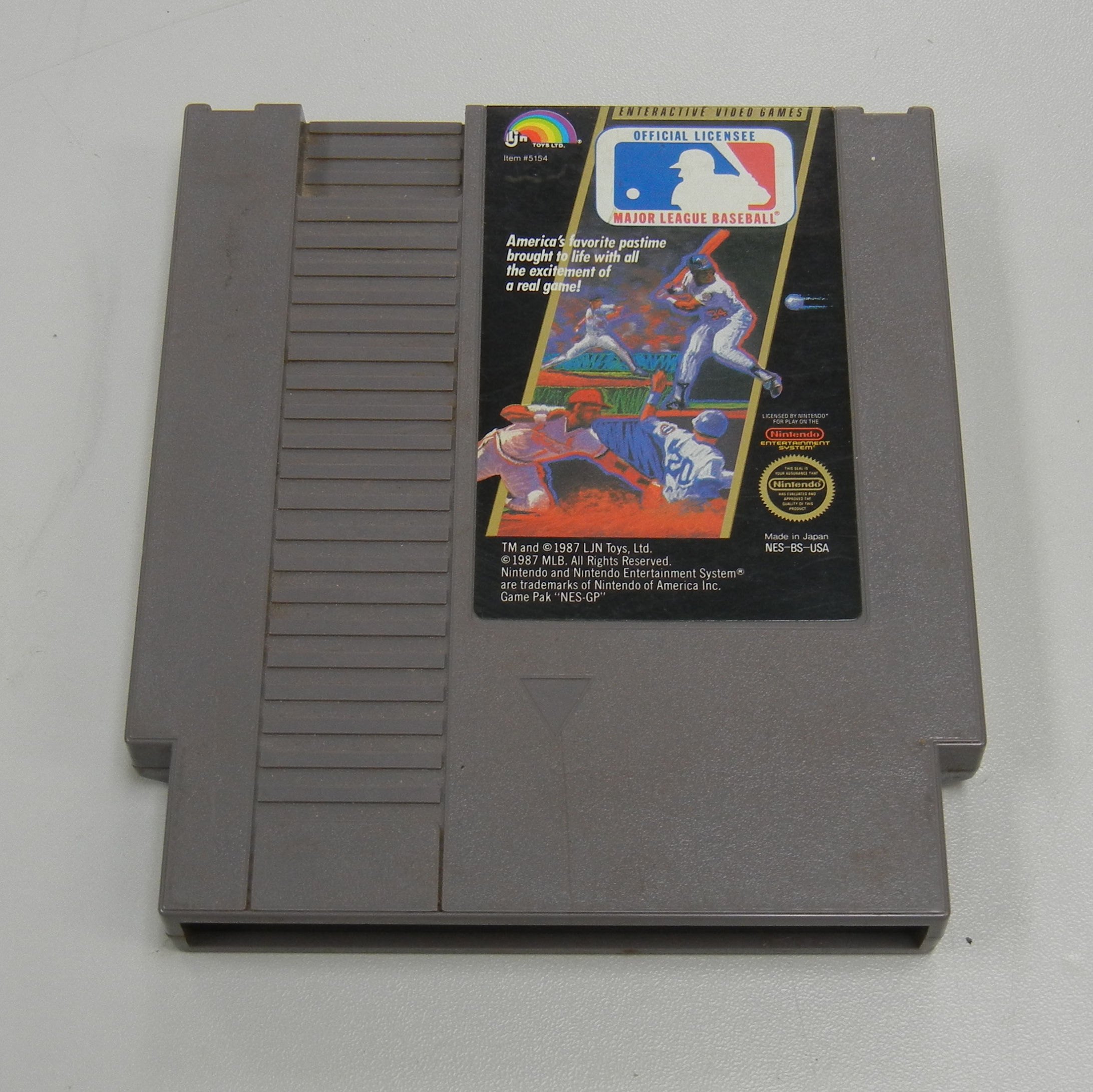 MAJOR LEAGUE BASEBALL NES GAME