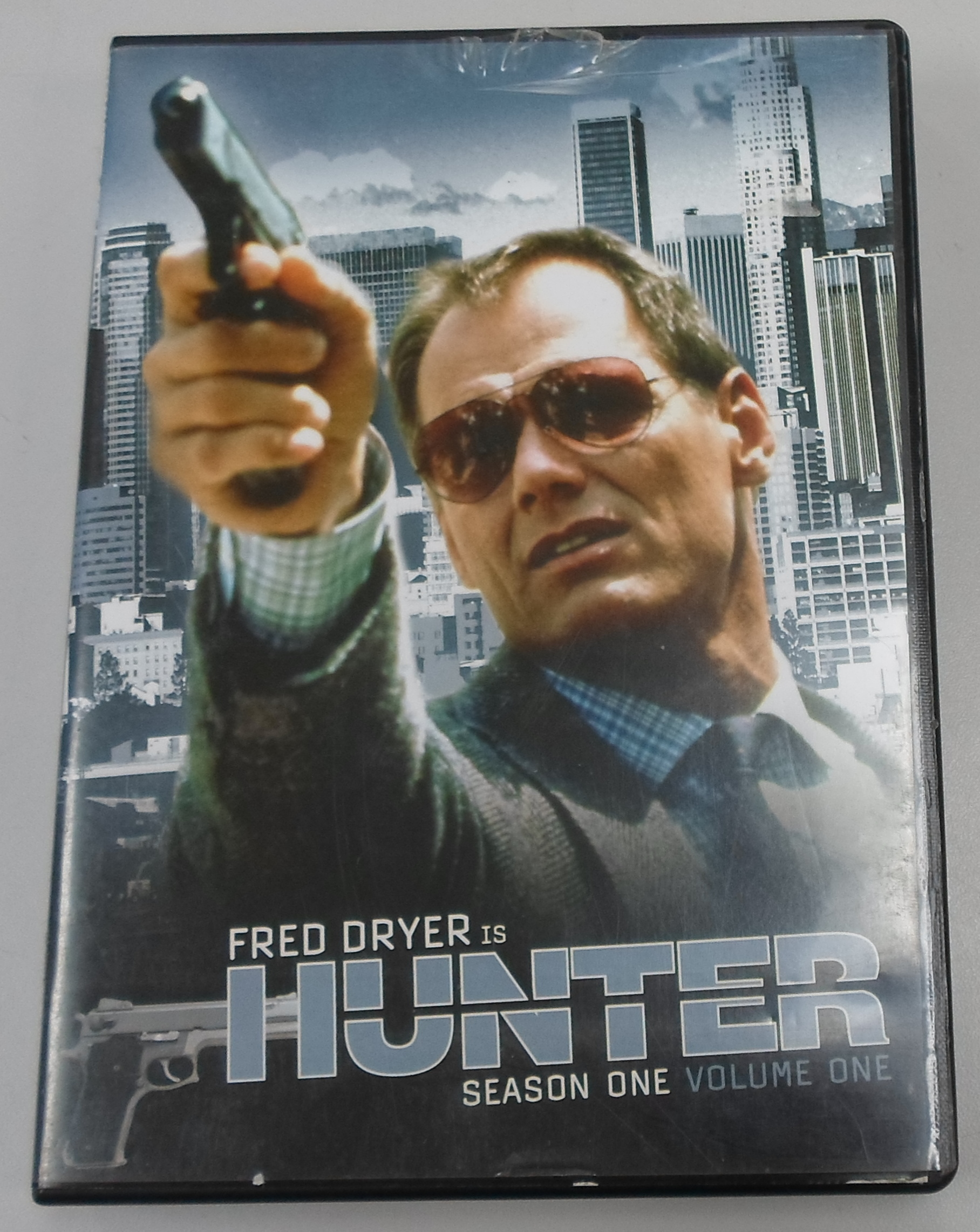 HUNTER - SEASON 1- VOLUME 1 - DVD BOX SET