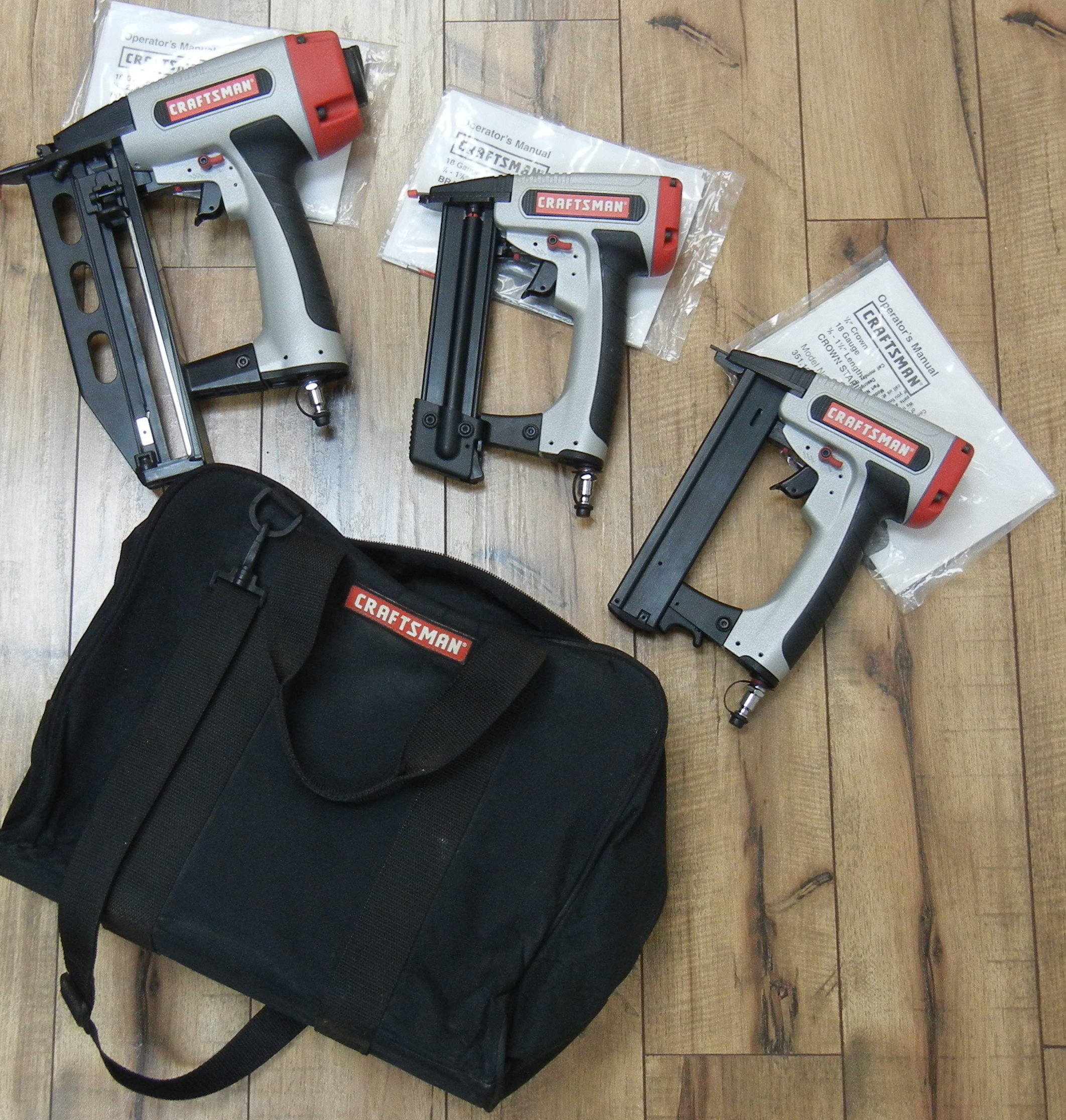 CRAFTSMAN CROWN STAPLER, BRAD NAILER AND FINISH NAILER SET
