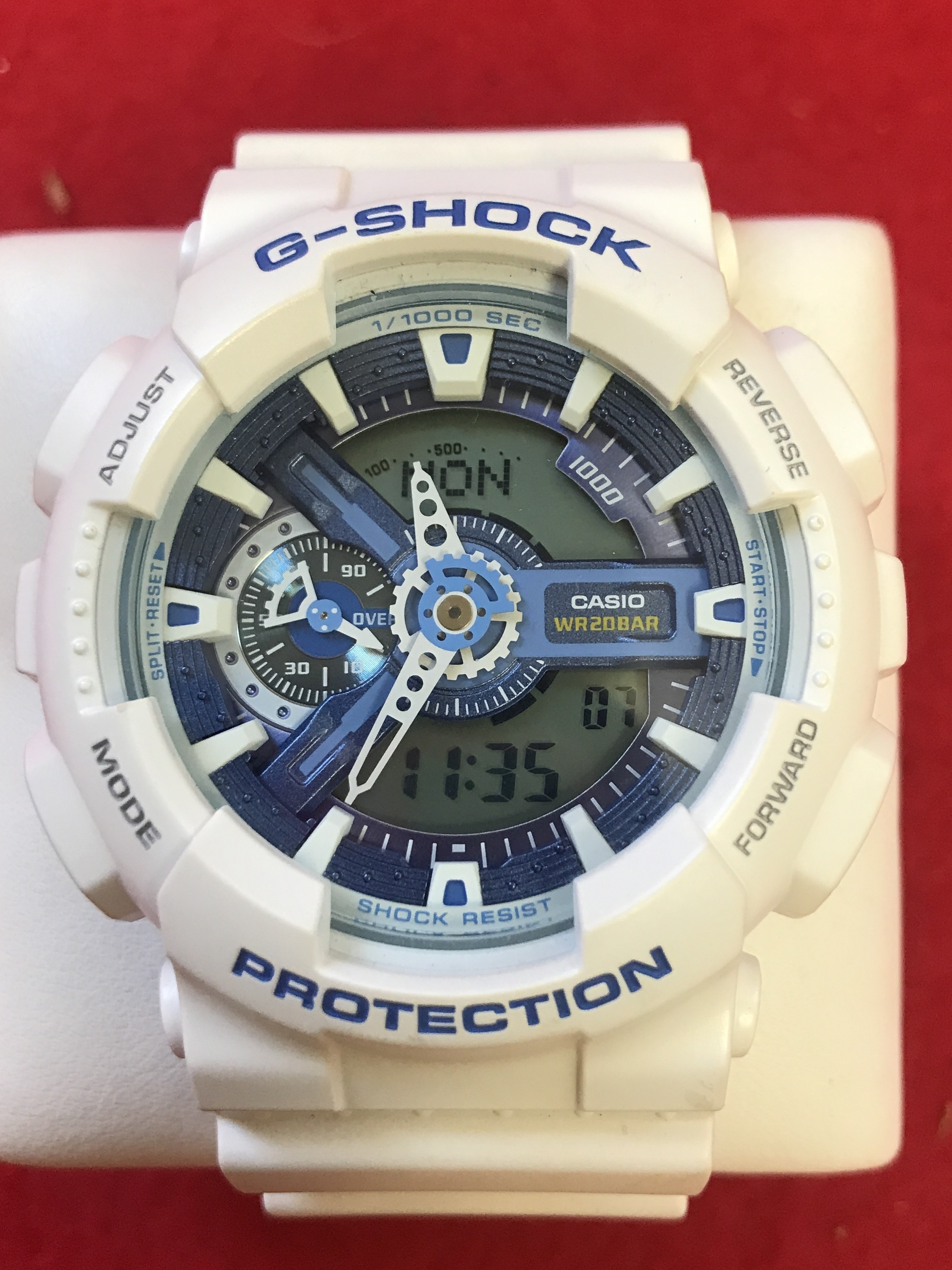 G-SHOCK  GA-110WB  WATCH