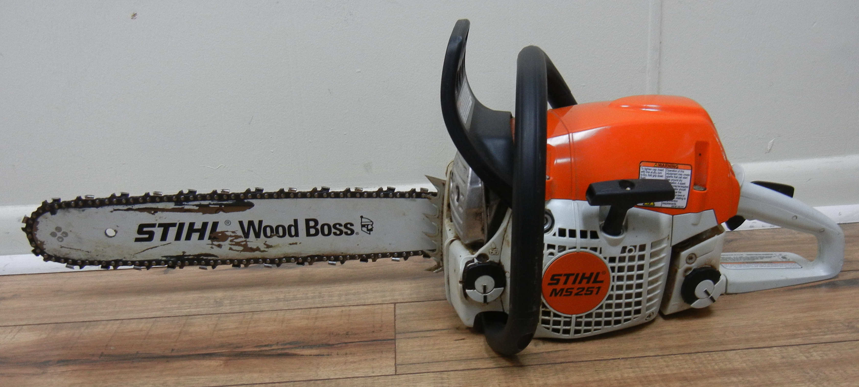 STIHL WOODBOSS MS251  18