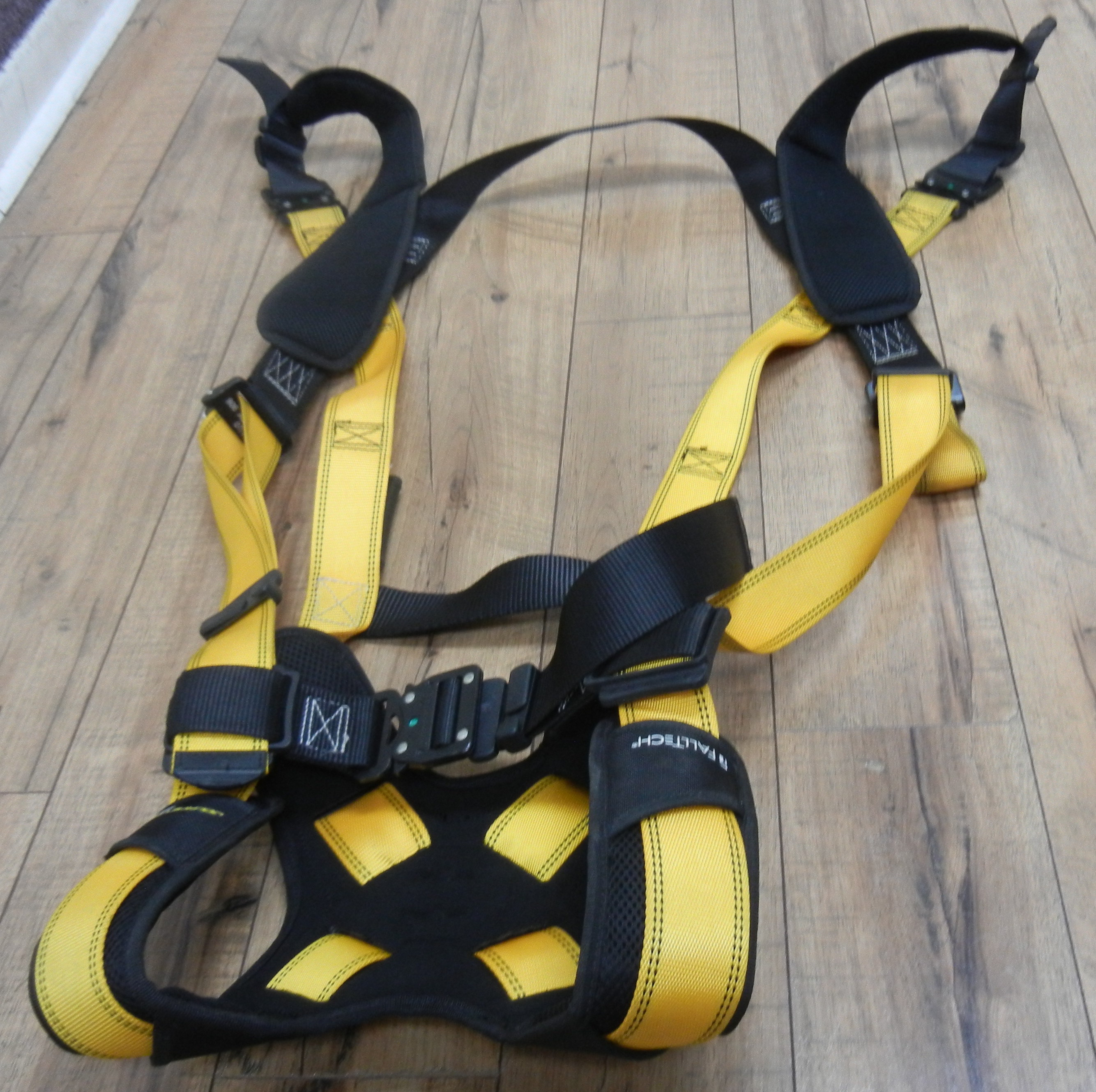 FALLTECH CLIMBING HARNESS - LIKE NEW
