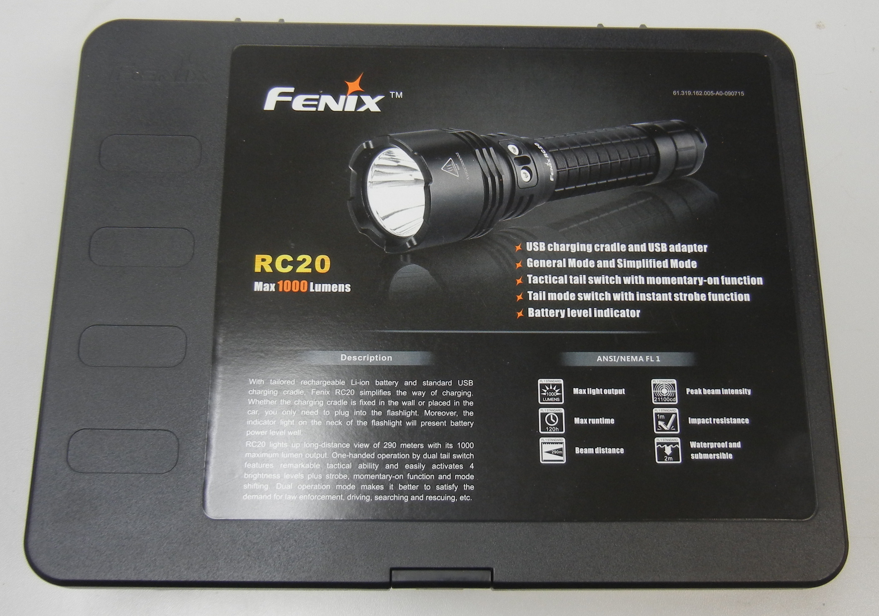 FENIX - RC20 - MAX 1000 LUMENS - LIKE NEW