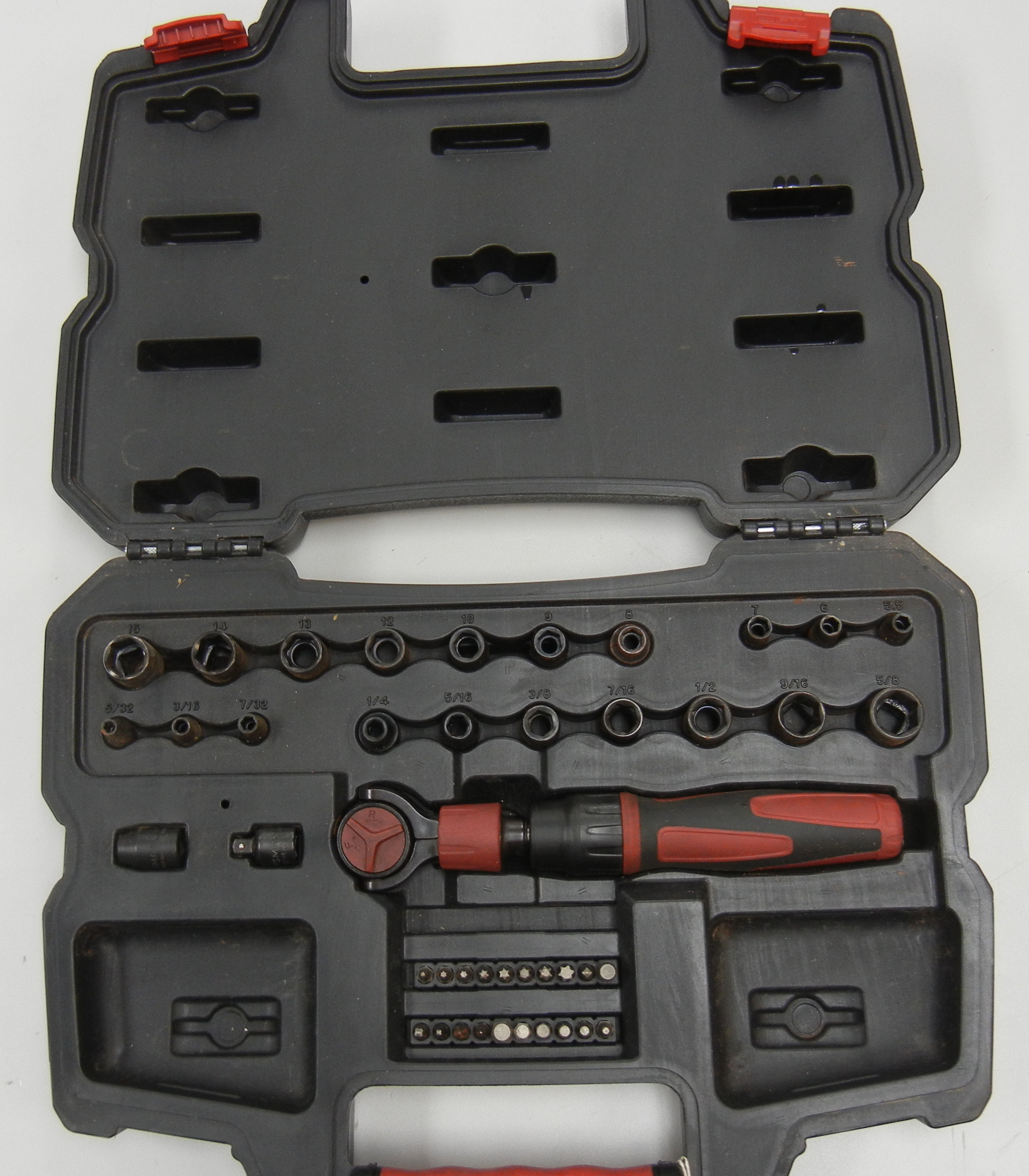CRAFTSMAN - 4478 - RETRACTABLE RATCHET - WITH SOCKET SET