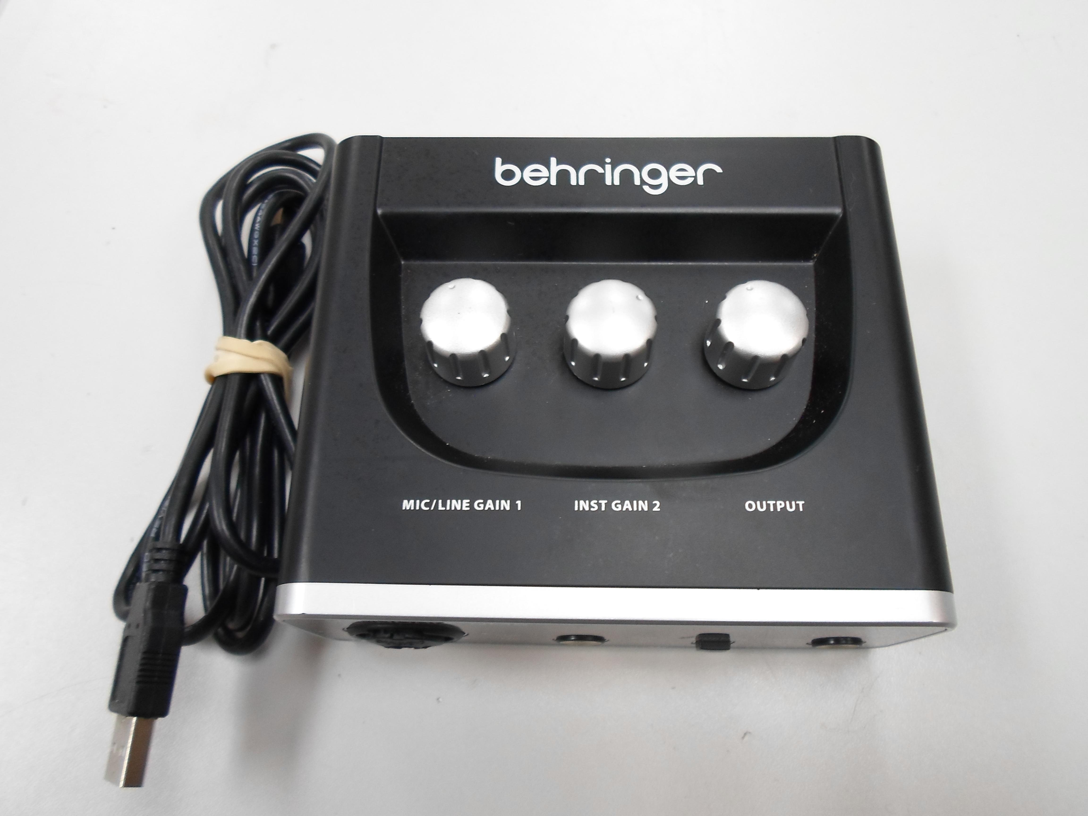 BEHRINGER - U-PHORIA UM2