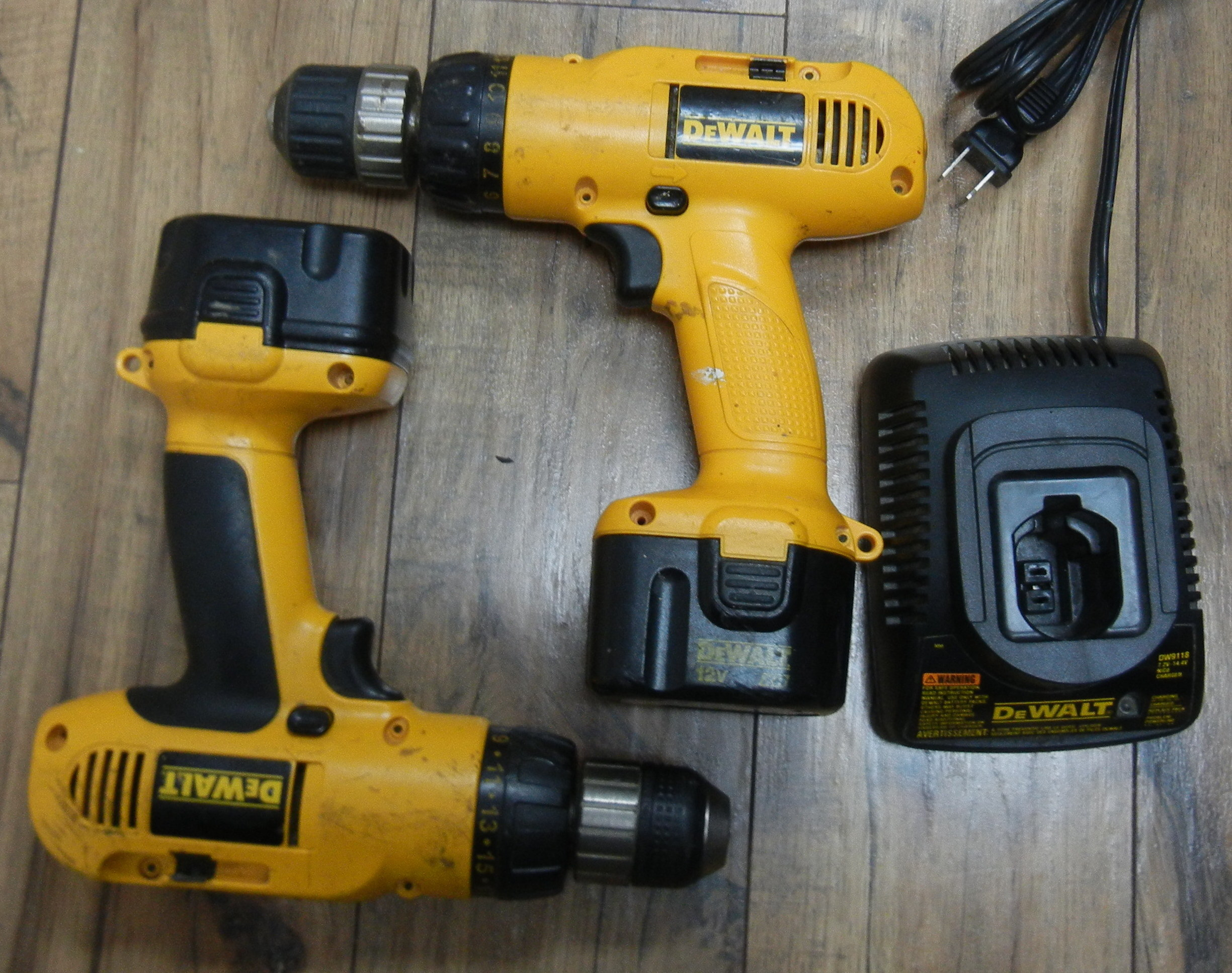 TWO DEWALT DW953 DRILLS WITH CHARGER