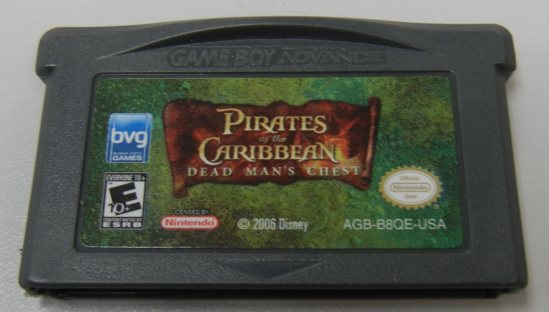 PIRATES OF THE CARIBBEAN: DEAD MAN'S CHEST  - GAMEBOY ADVANCE GAME