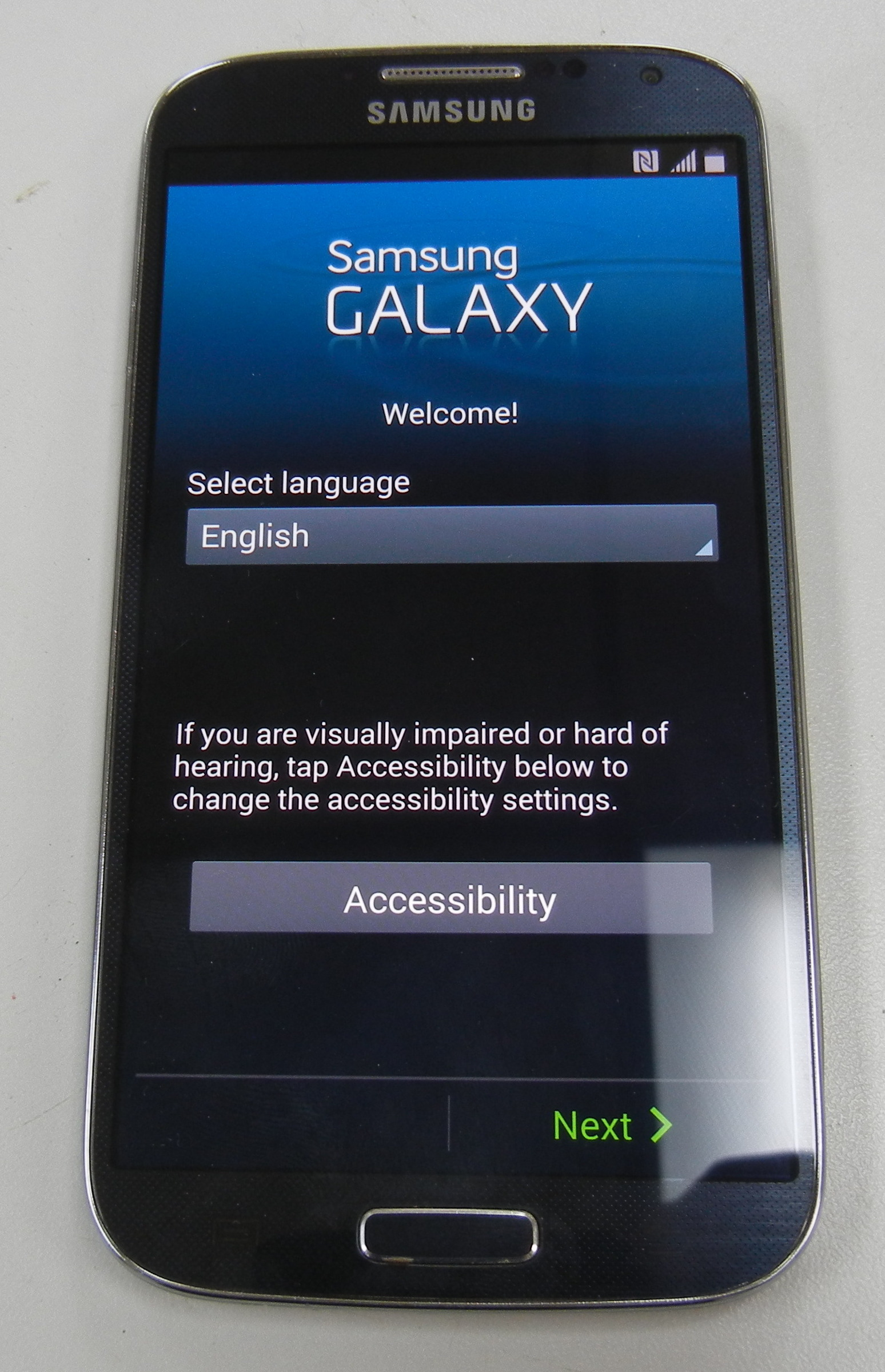 SAMSUNG - GALAXY S4 - PHONE- T MOBILE