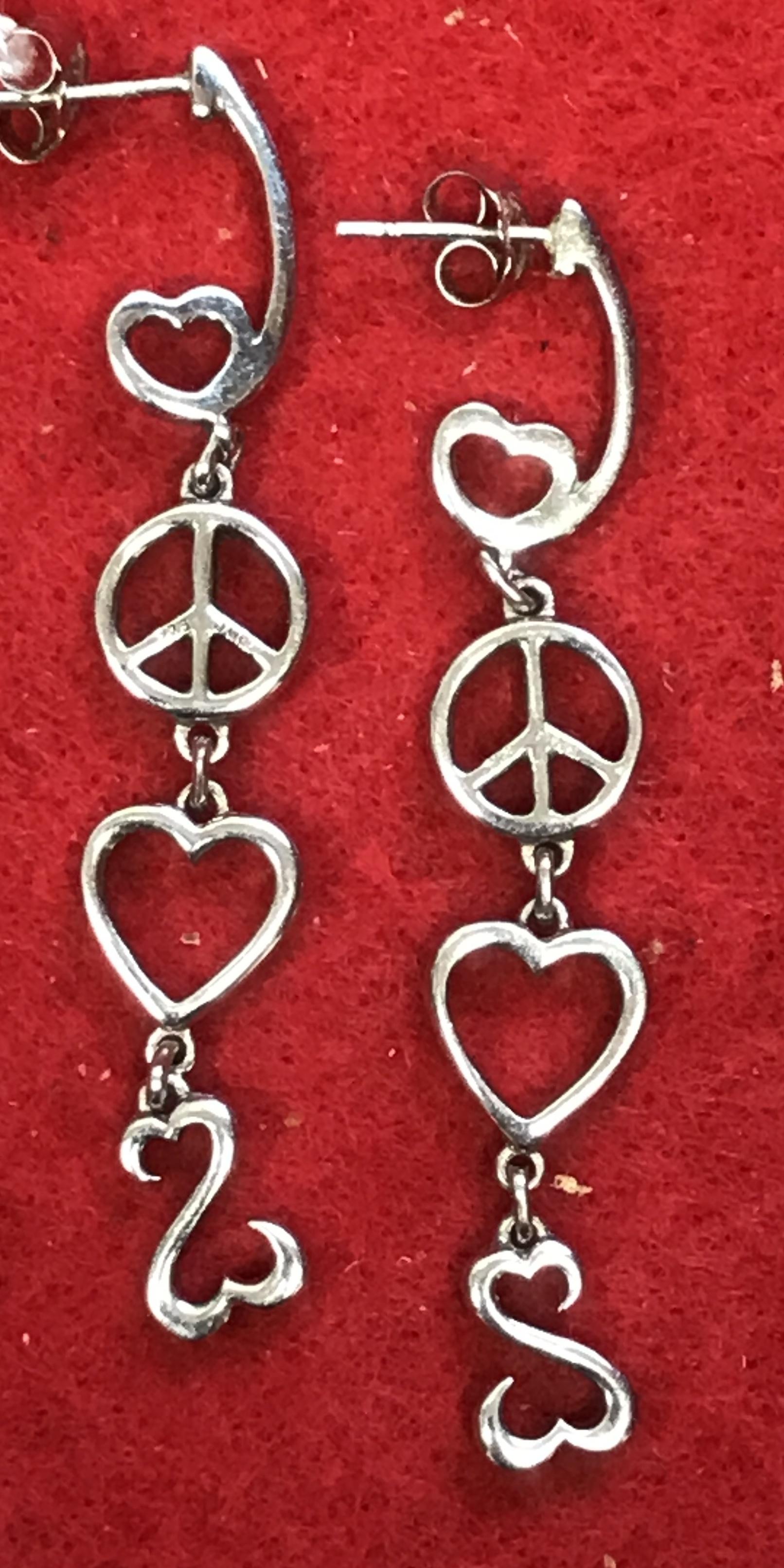 Ladies Silver Earrings Open Heart Dangle