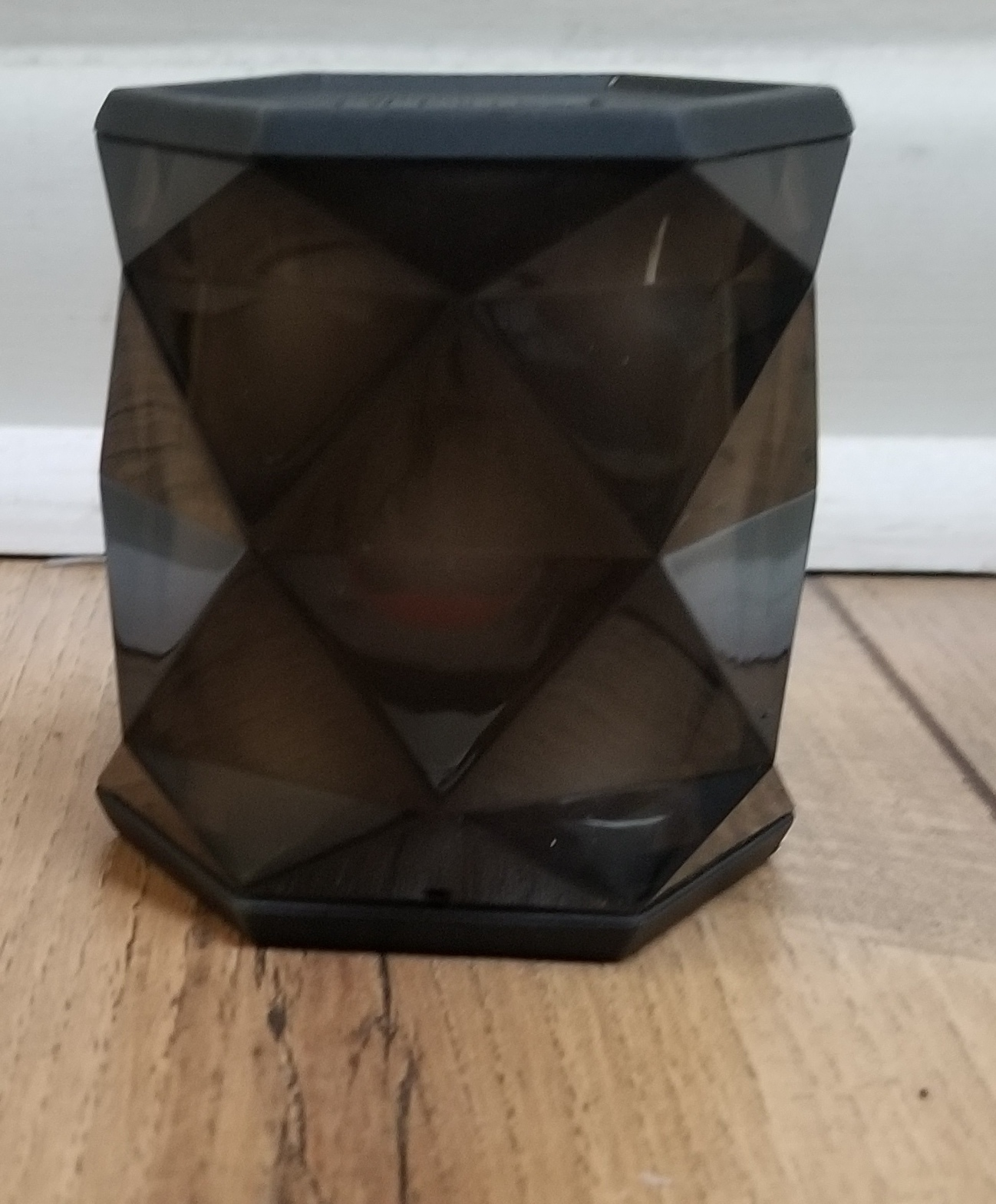 IHOME - IBT68 - COLOR CHANGING - BLUETOOTH SPEAKER