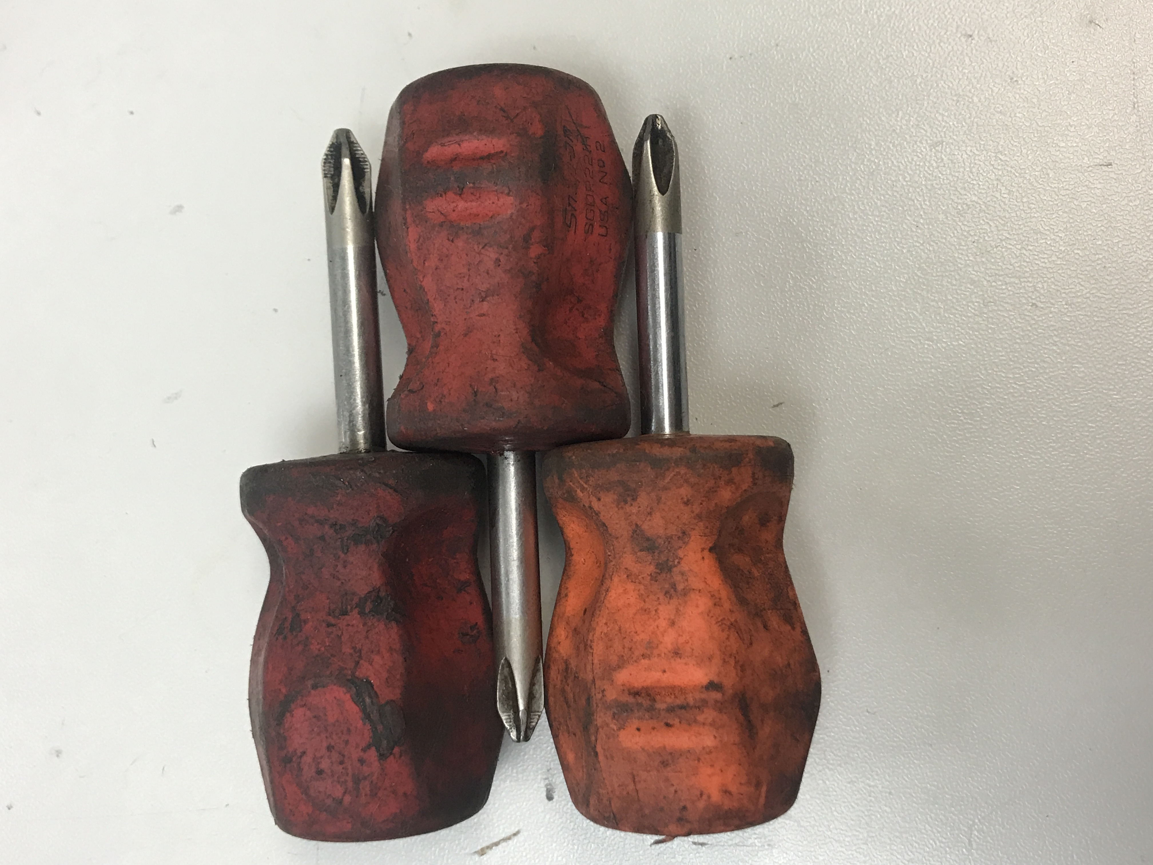 3 STUBBY PHILLIPS HEAD SNAP ON SCRWEDRIVERS