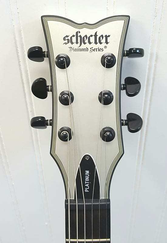 SCHECTER - SOLO 2 - GUITAR MUSICAL INSTRUMENT