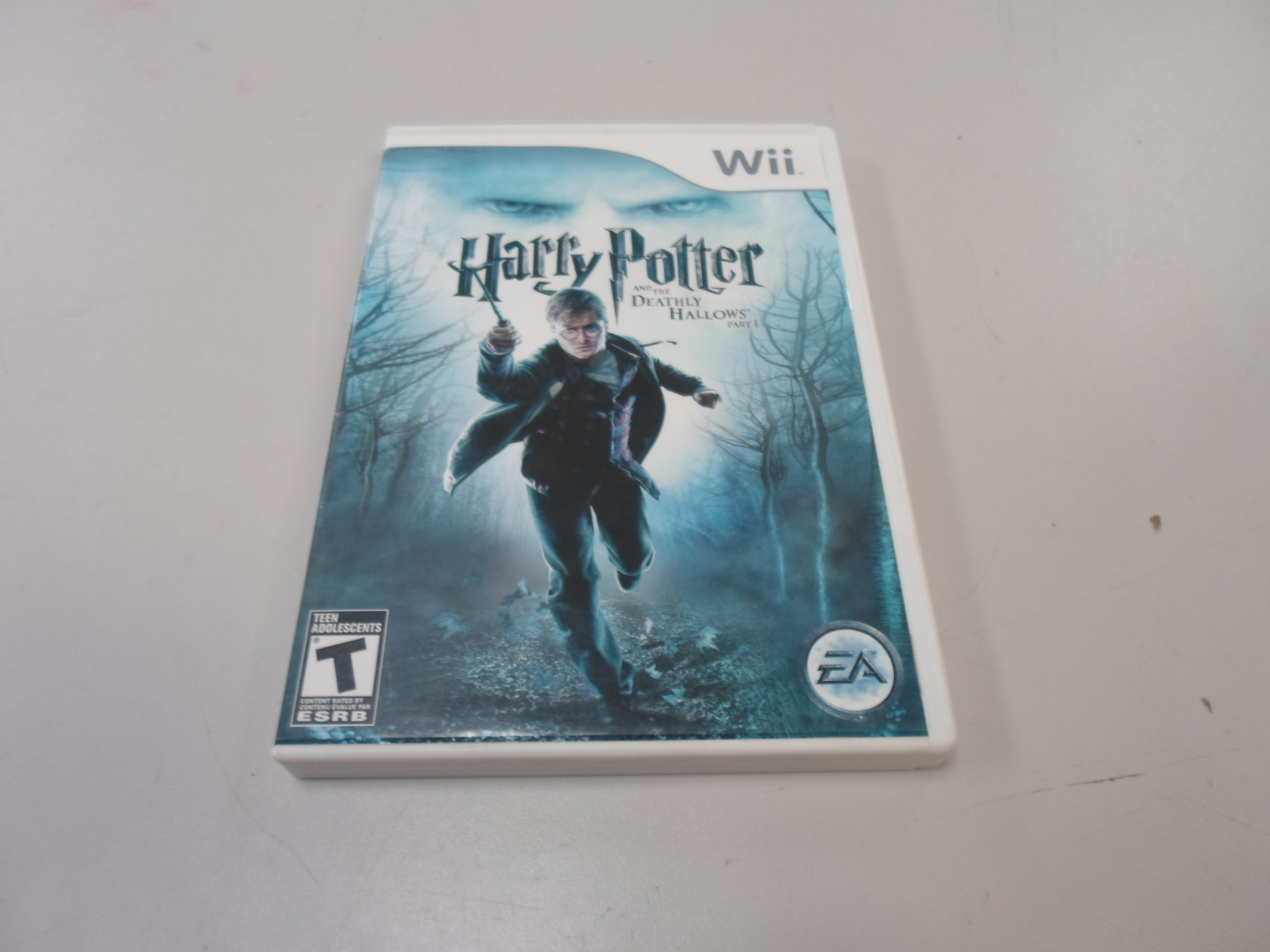 WII  HARRY POTTER AND THE DEATHLY HALLOWS PT.1 WII