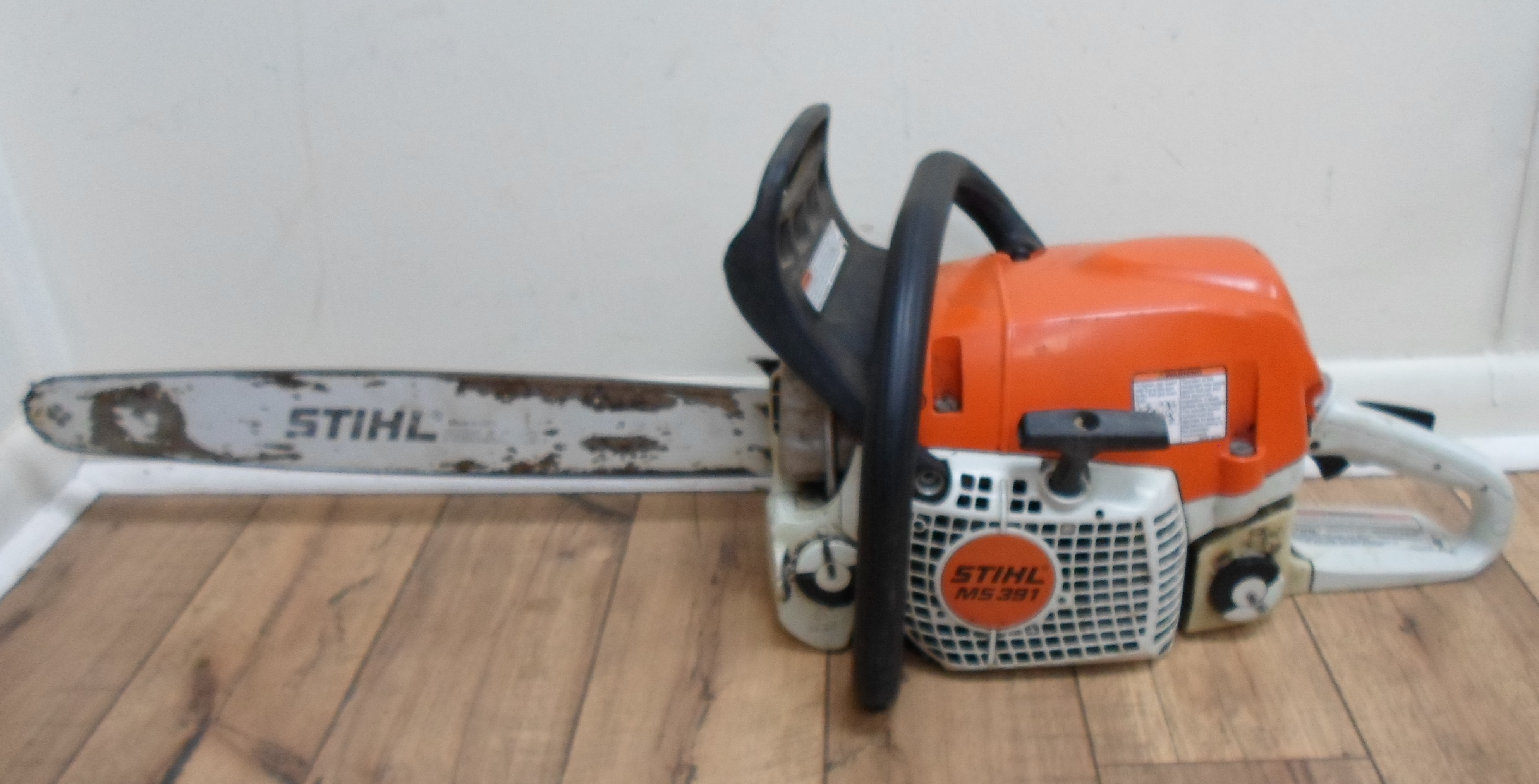 STIHL - MS391 CHAINSAW WITH 20
