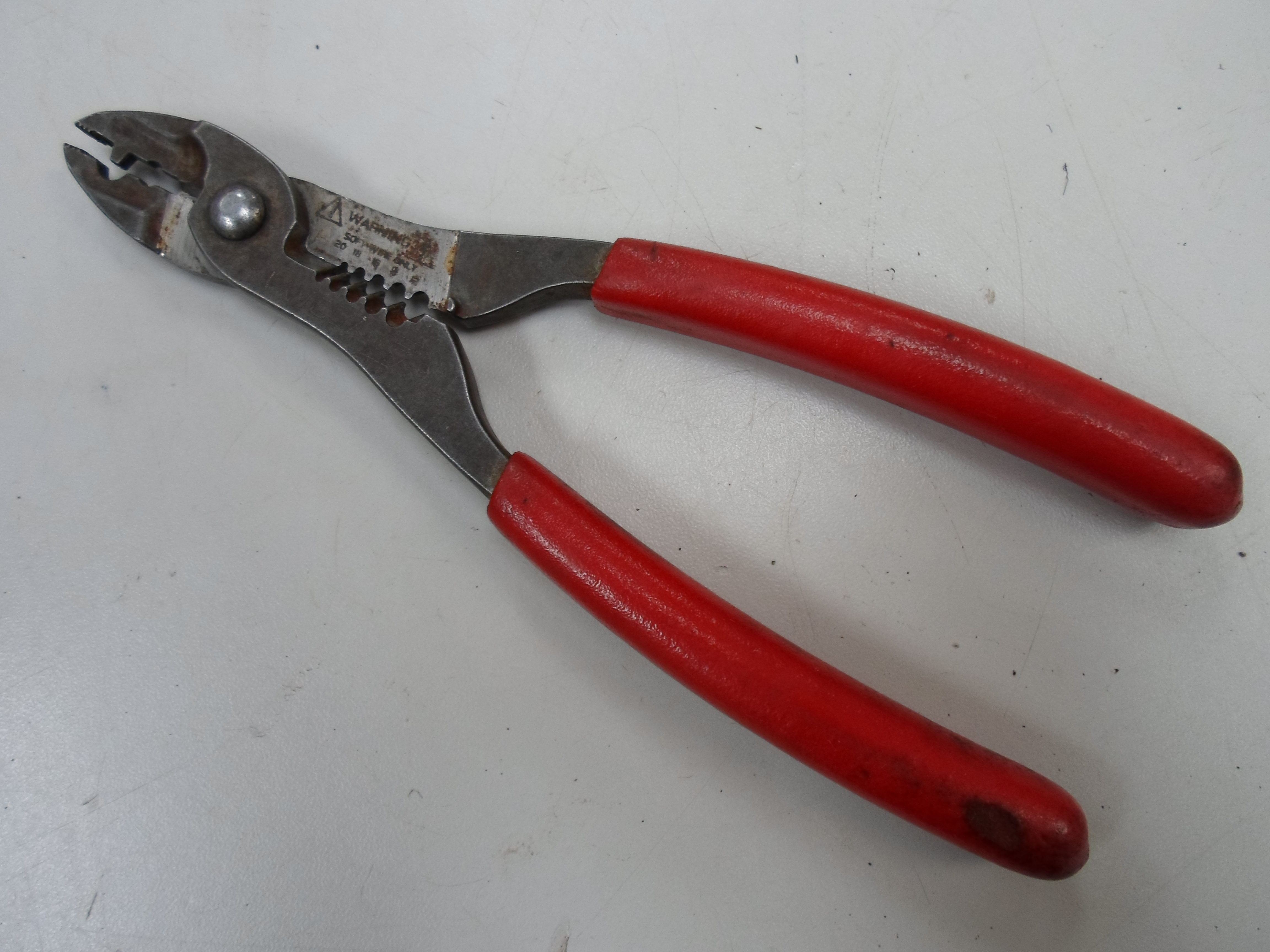 SNAP-ON CRIMPER/STRIPPER/CUTTER W/ RED GRIPS - PWCS7
