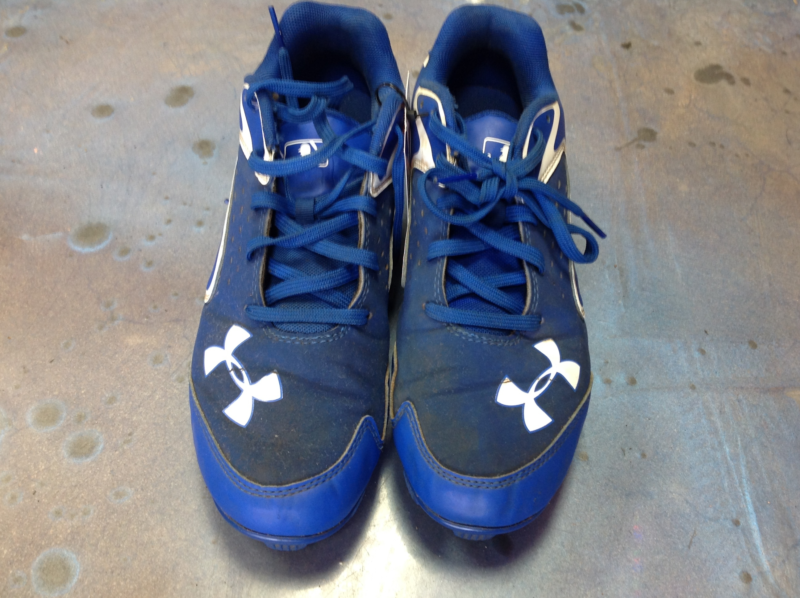 UNDER ARMOUR BASEBALL CLEATS MENS SIZE 6.5