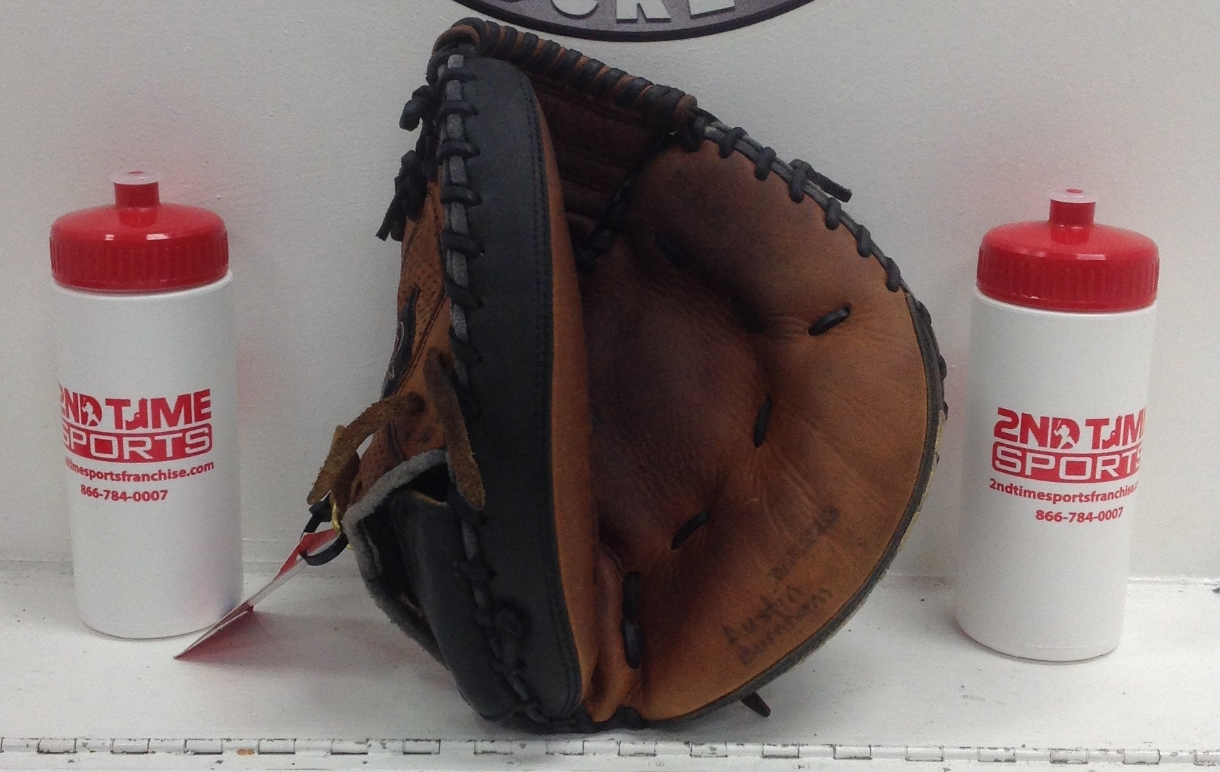 EASTON NAT23 RIGHT HANDED THROWER LEATHER CACTHERS MIT 32