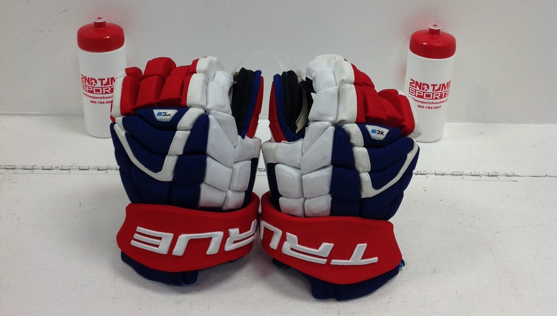 TRUE XC9 PRO SR HOCKEY GLOVES HOCKEY 14