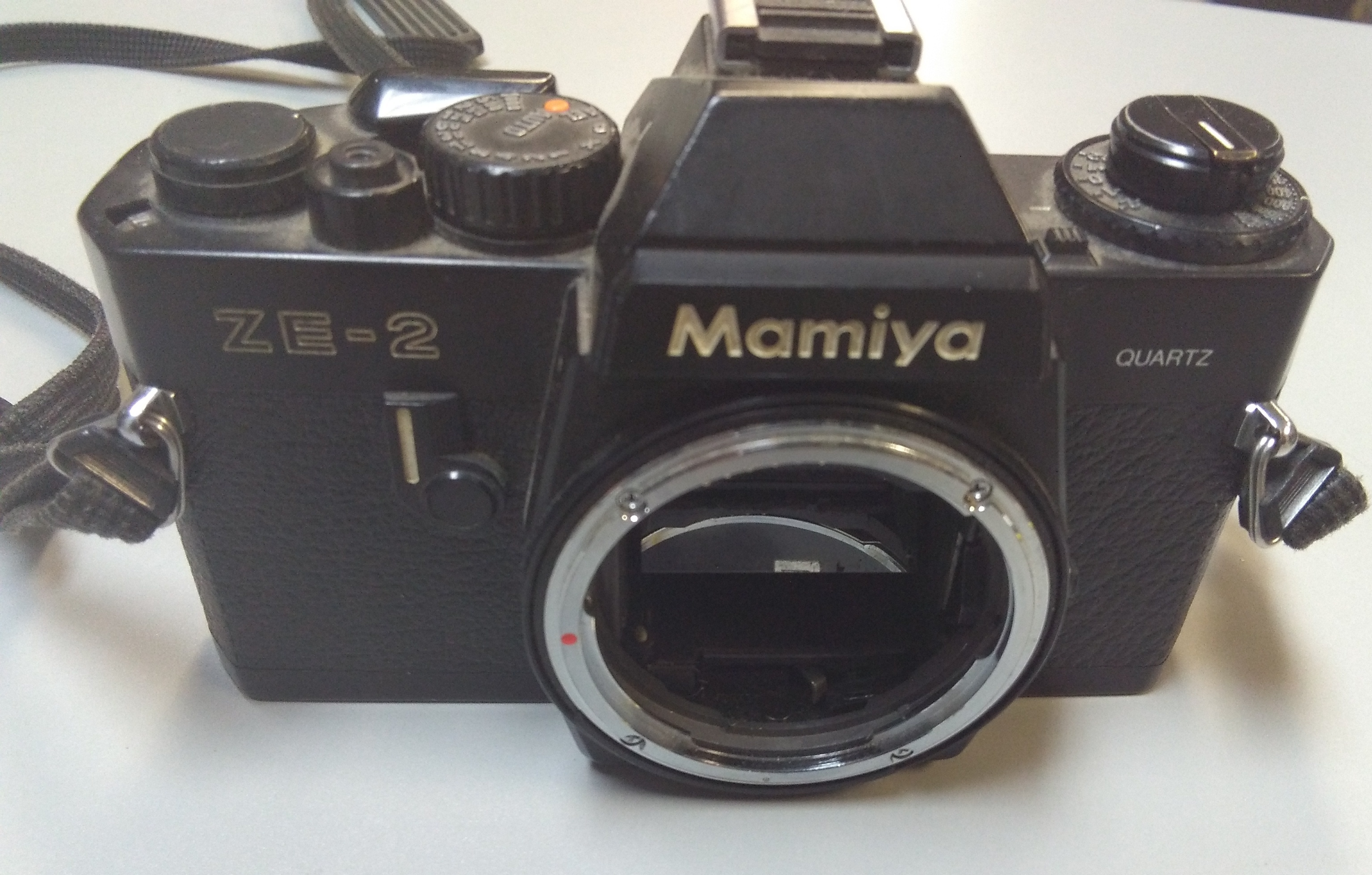 MAMIYA 35 MM CAMERA BODY ONLY