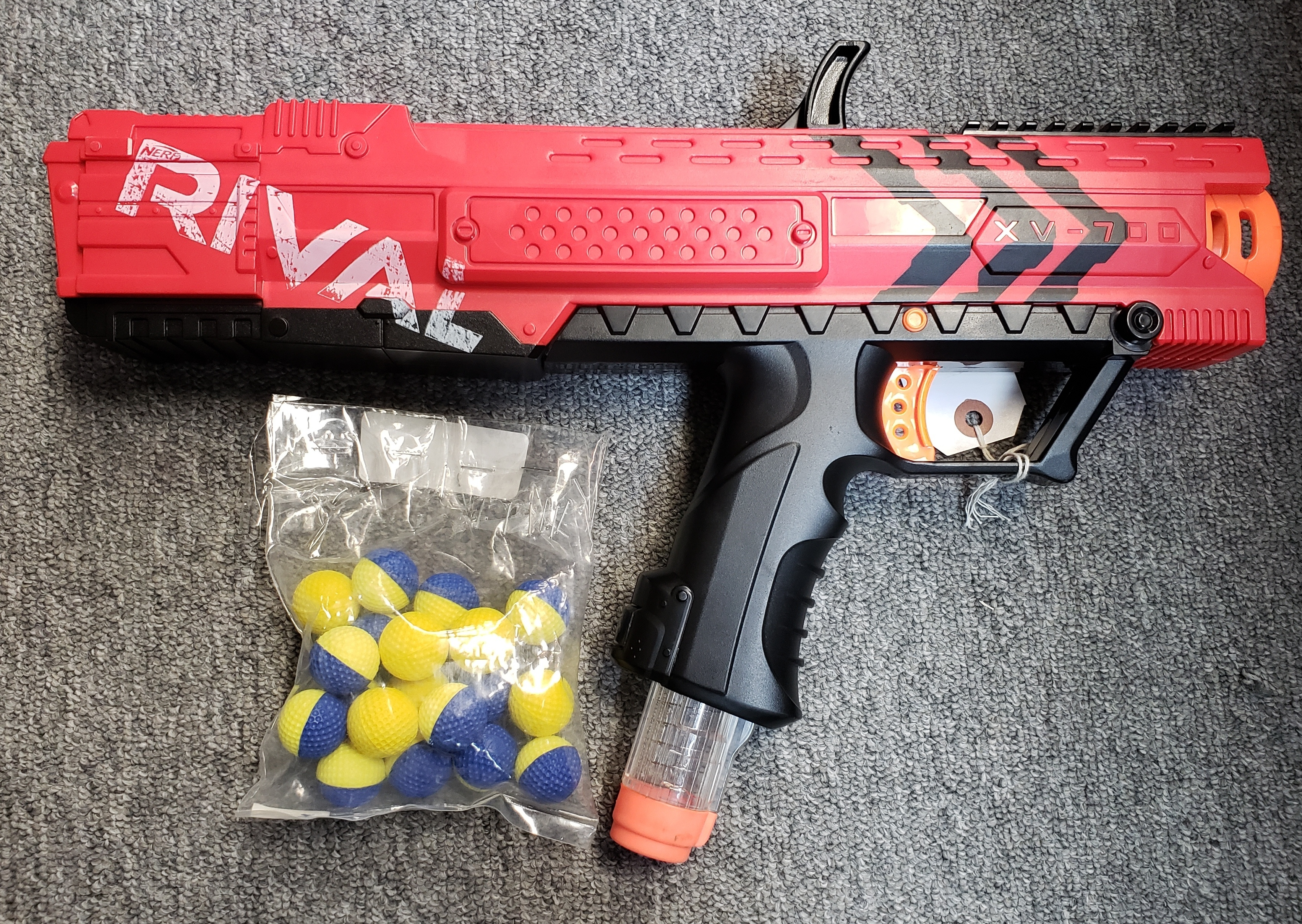 NERF RIVAL APOLLO XV-700 RED BLASTER DART GUN (NERF BALLS INCLUDED)