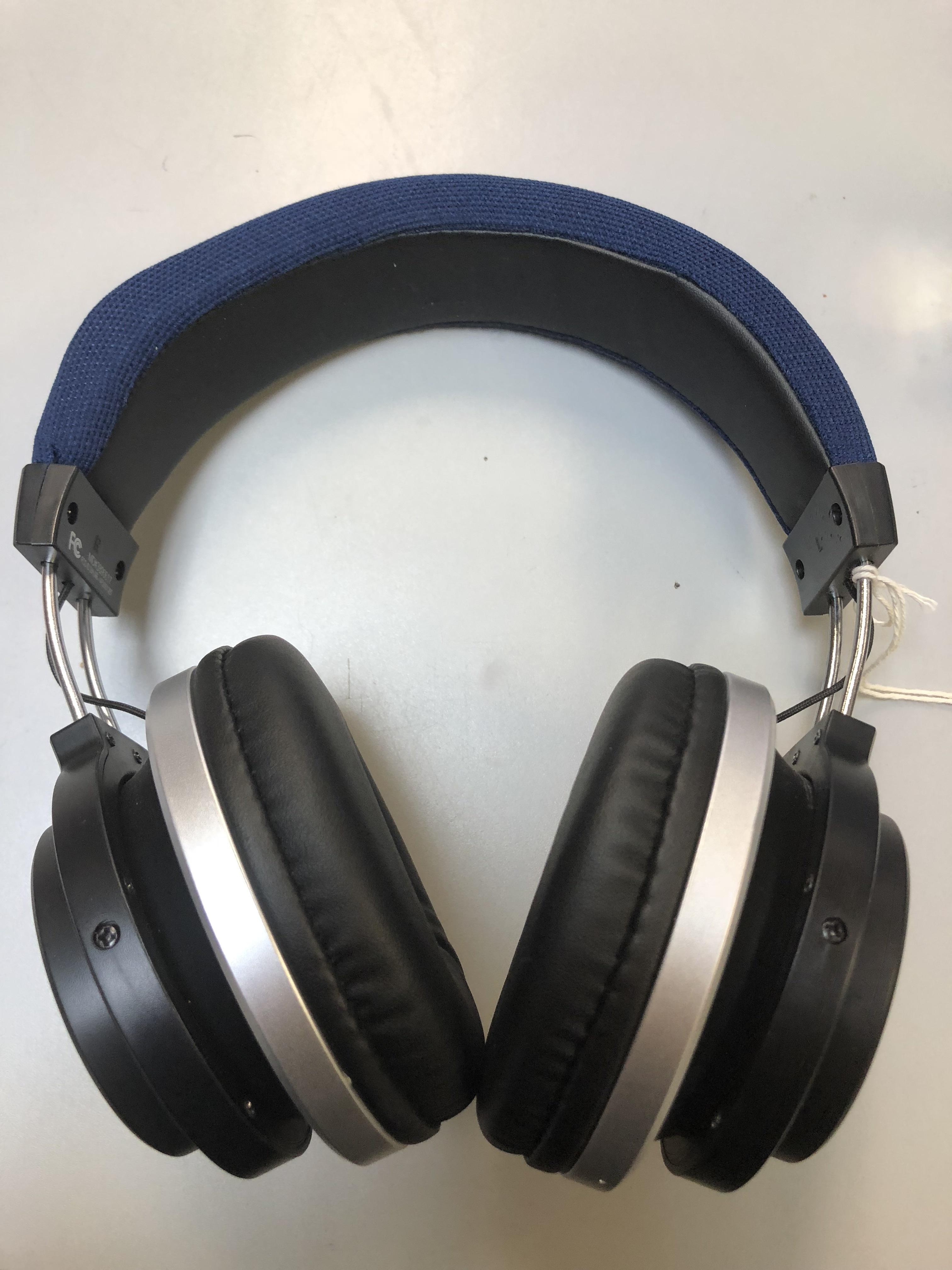 VIVITAR - 3890617 - HEADPHONE STEREO/AUDIO/RADIO