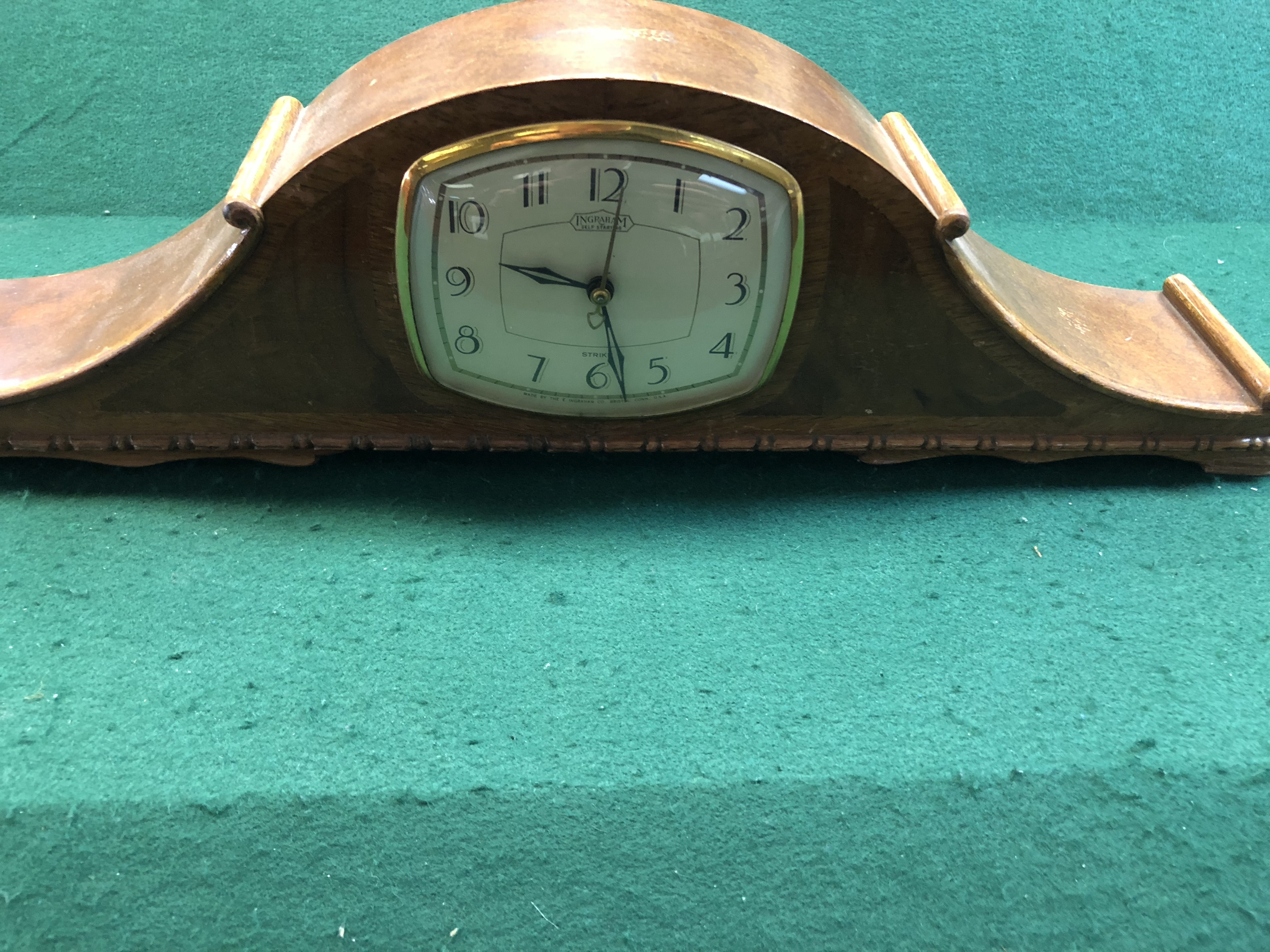 - S ST6 - CLOCK COLLECTIBLES