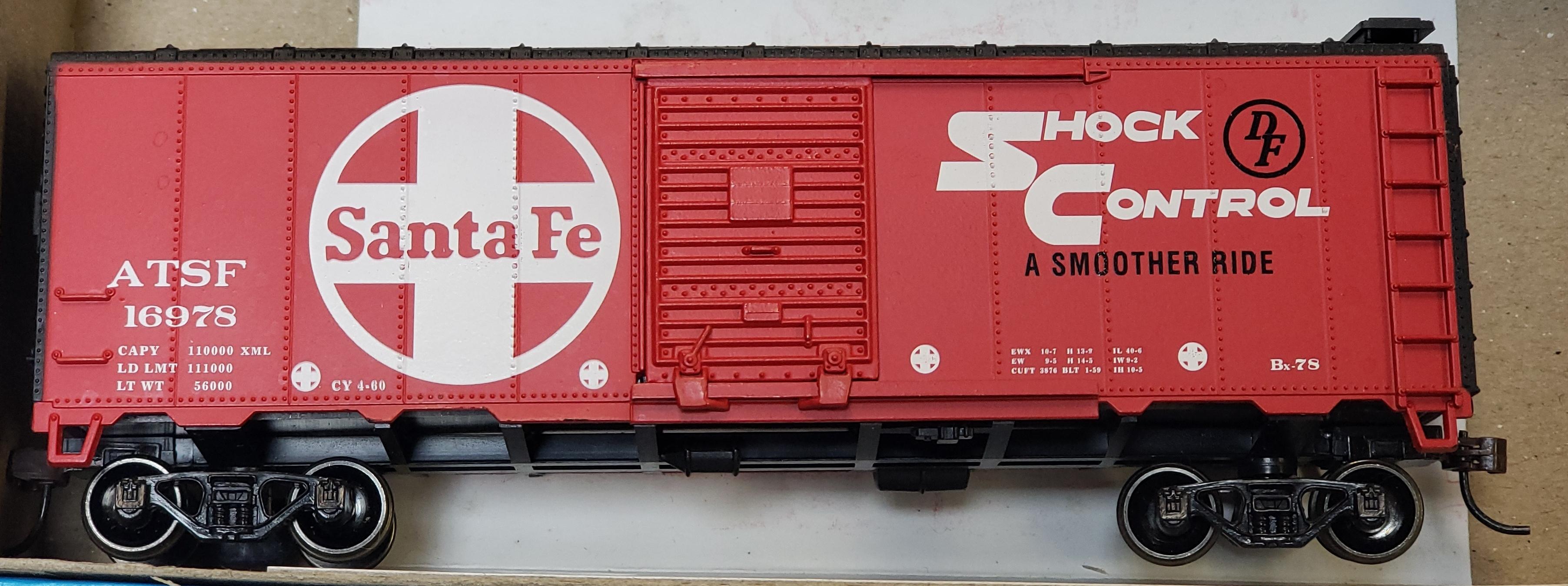 ATHEARN - 16978 - 40' AAR BOX CAR SANTA FE BOX CAR