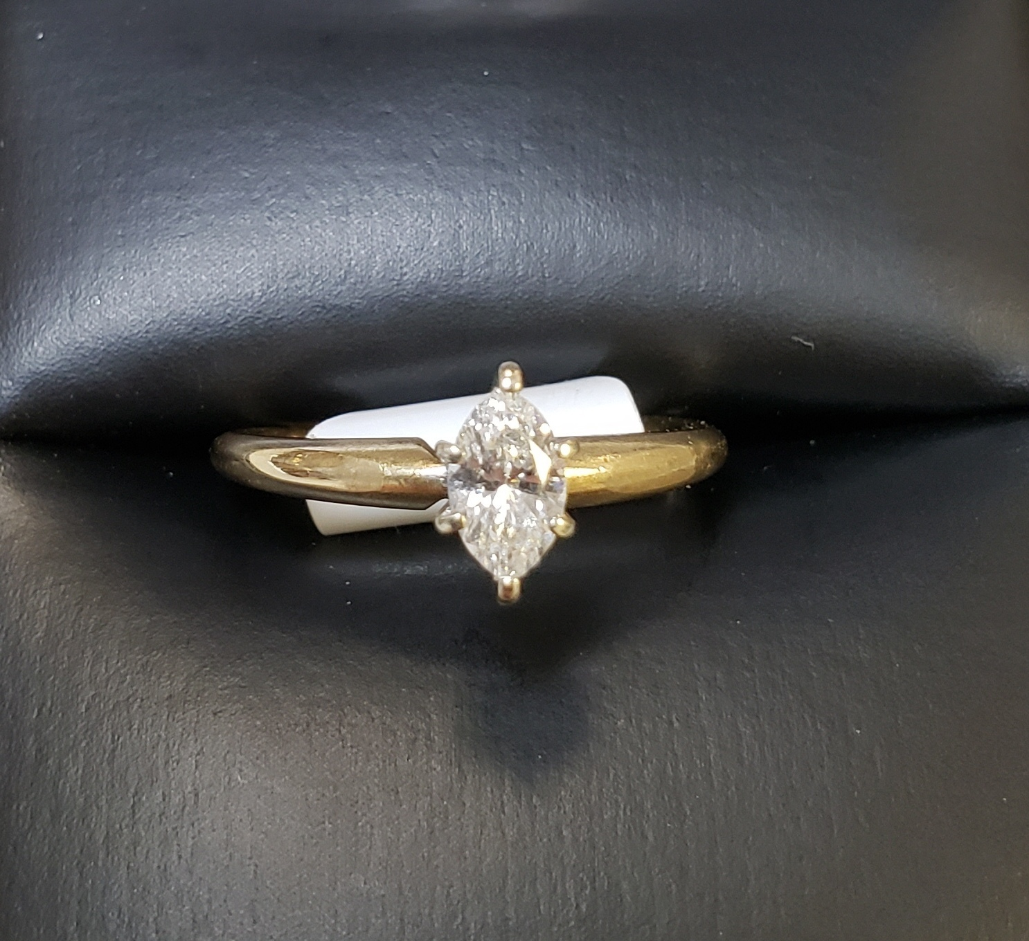 14KT - YELLOW GOLD - SIZE 5 - 3/8 MARQUE CUT SOLITAIRE DIAMOND RING