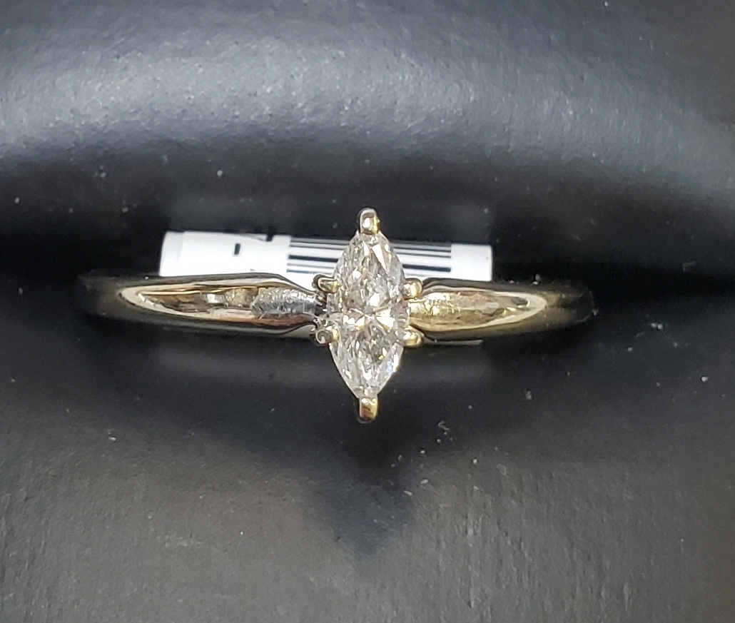 14KT - WHITE GOLD - APPROXIMATELY 1/4 CTW MARQUE SOLITAIRE DIAMOND RING