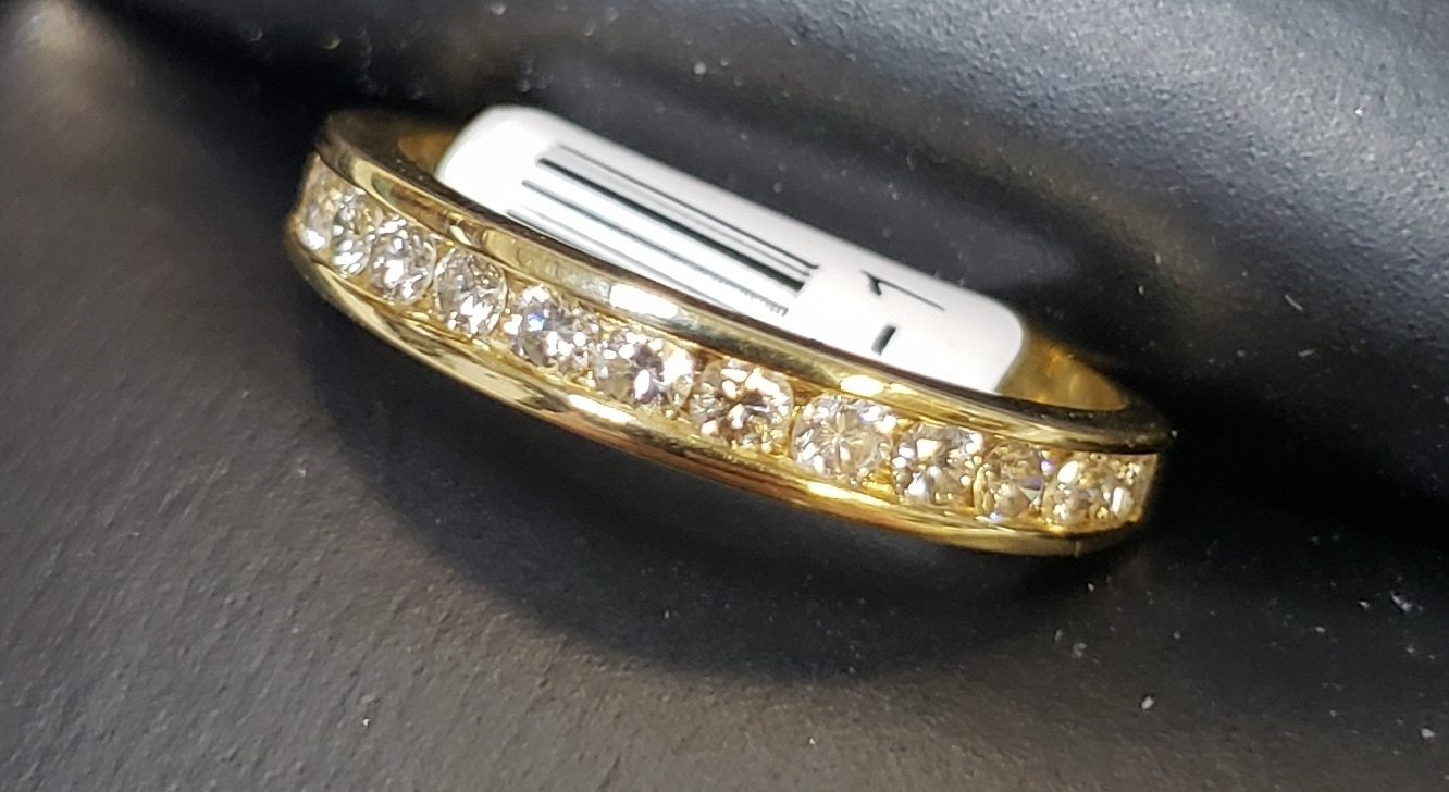 14KT - YELLOW GOLD - SIZE 6 - APPROXIMATELY 1/2 CT TW DIAMOND BAND