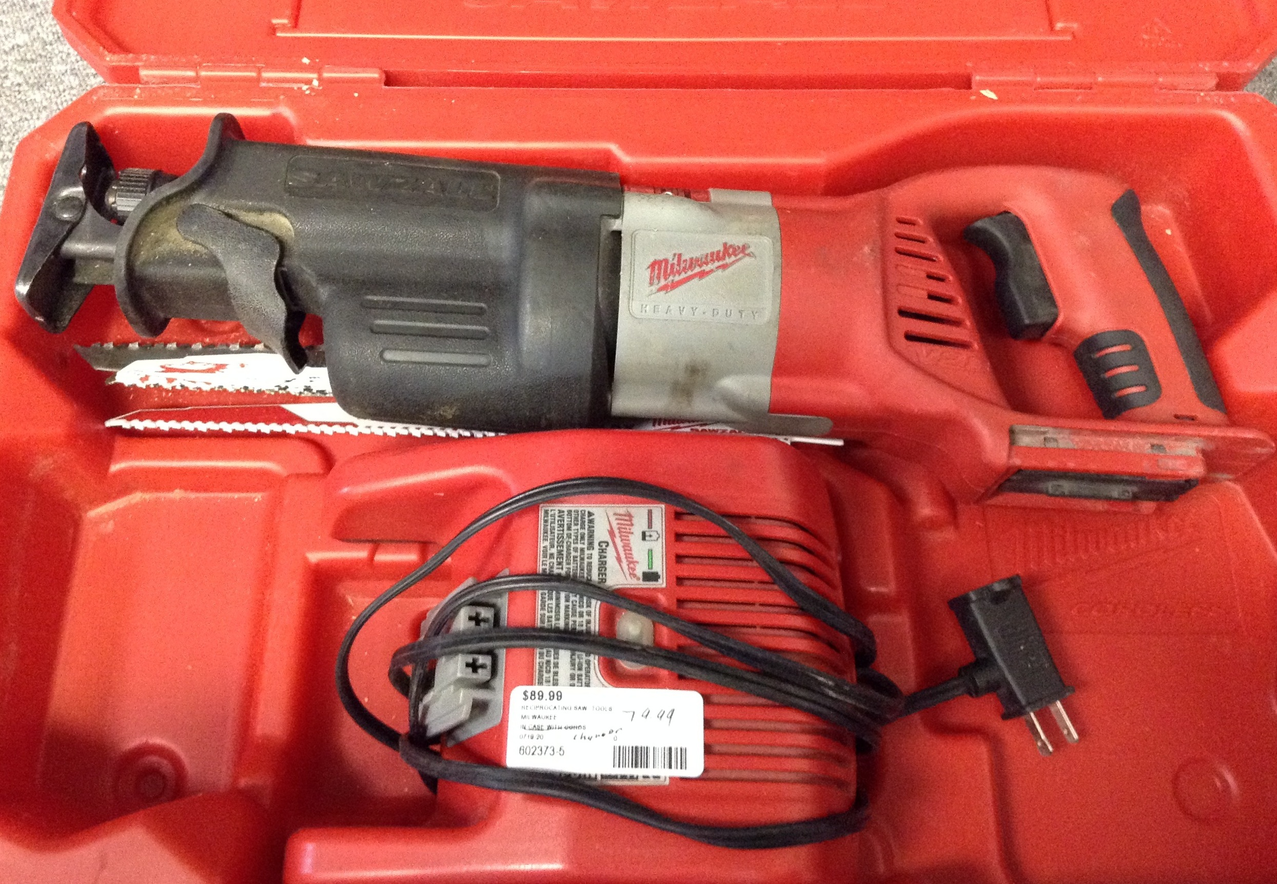 MILWAUKEE 0719-20 RECIPROCATING SAW (TOOL & CHARGER ONLY)