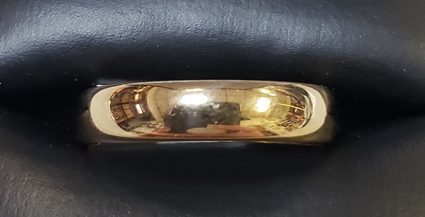 14KT - YELLOW GOLD - SIZE 8.5 - 3/16