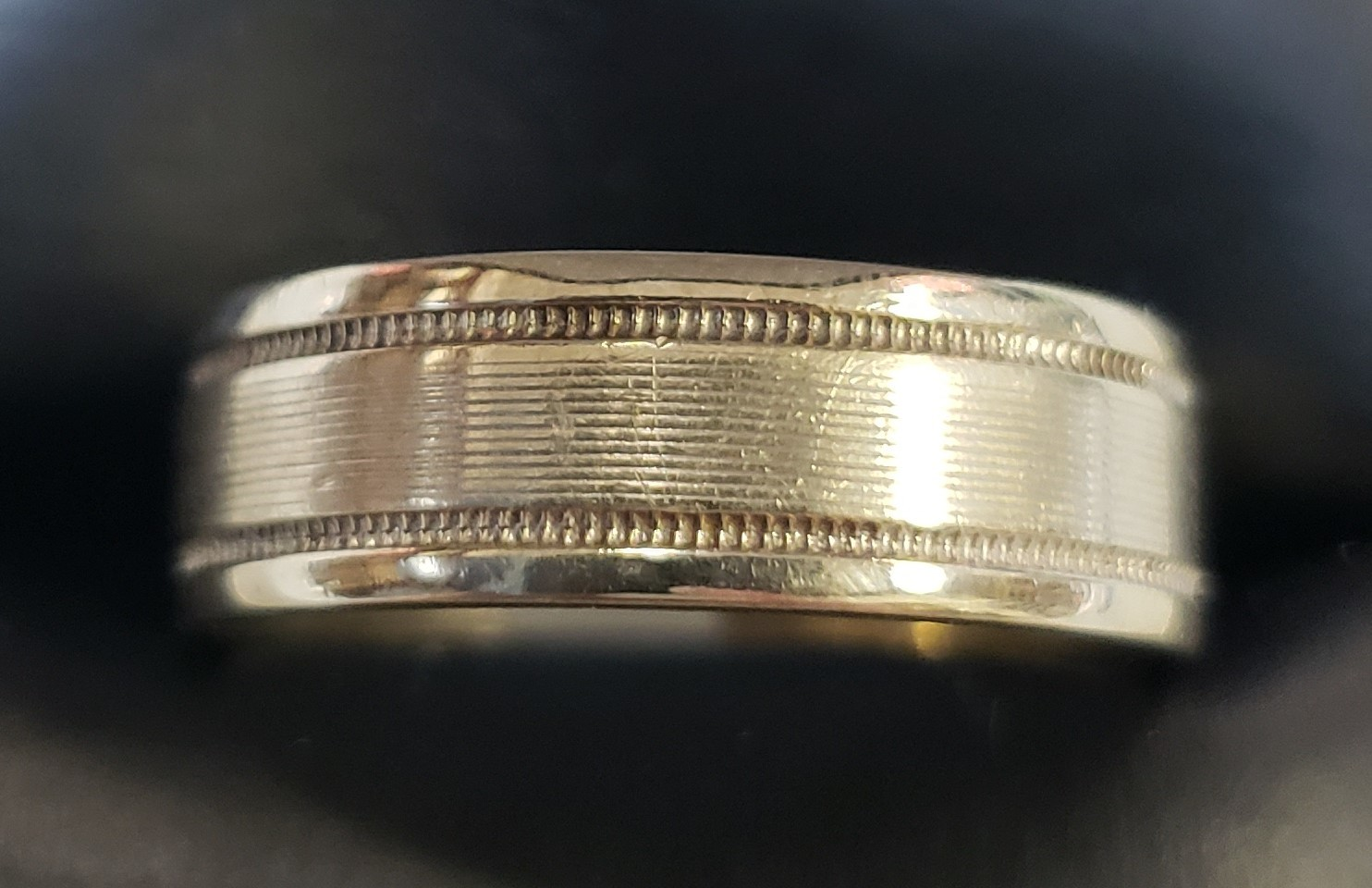 14KT - WHITE GOLD - SIZE 10.5 - 5/16