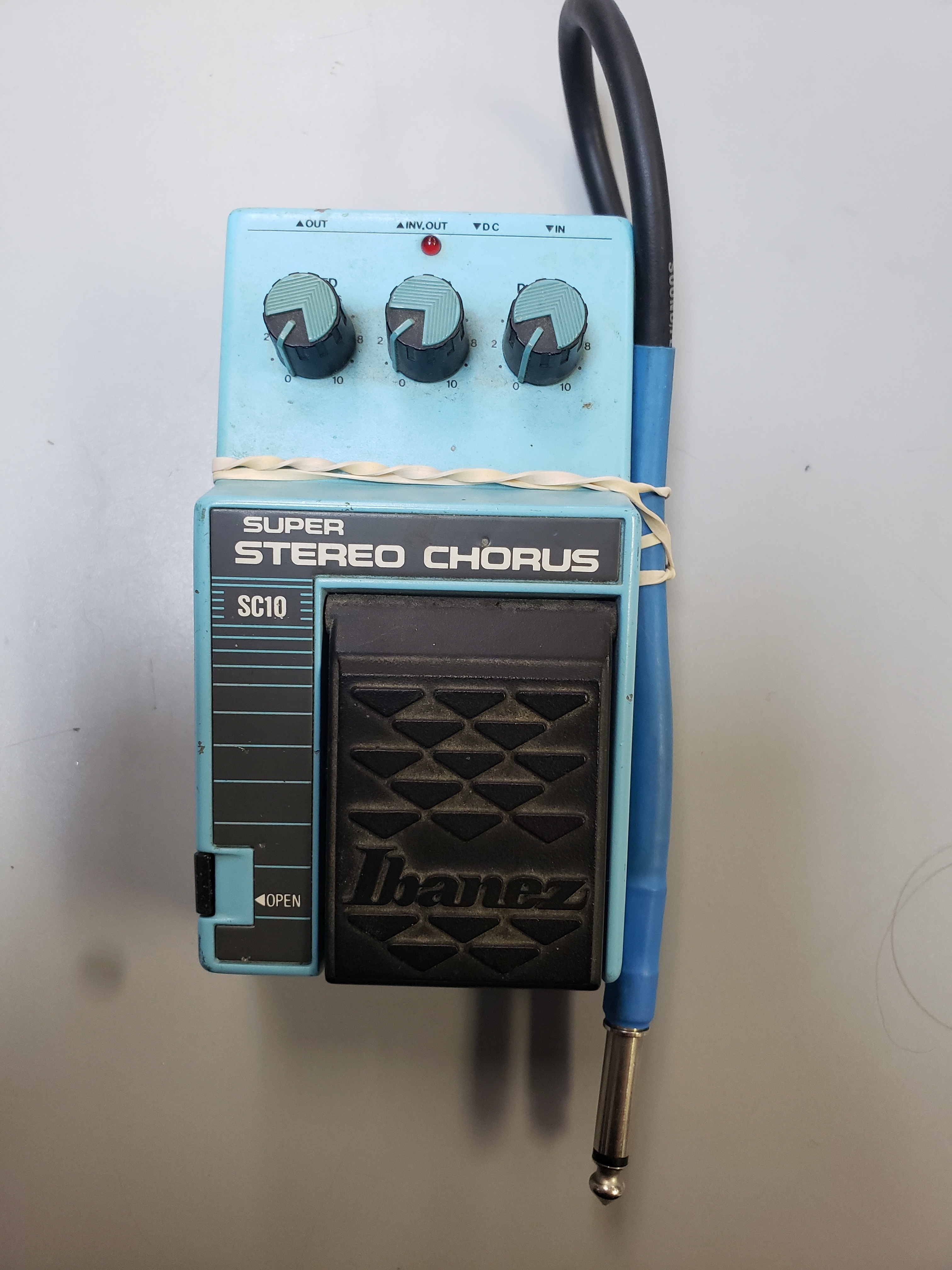 IBANEZ - SC10 - SUPER STEREO CHORUS GUITAR EFFECTS PEDAL W/ CORD