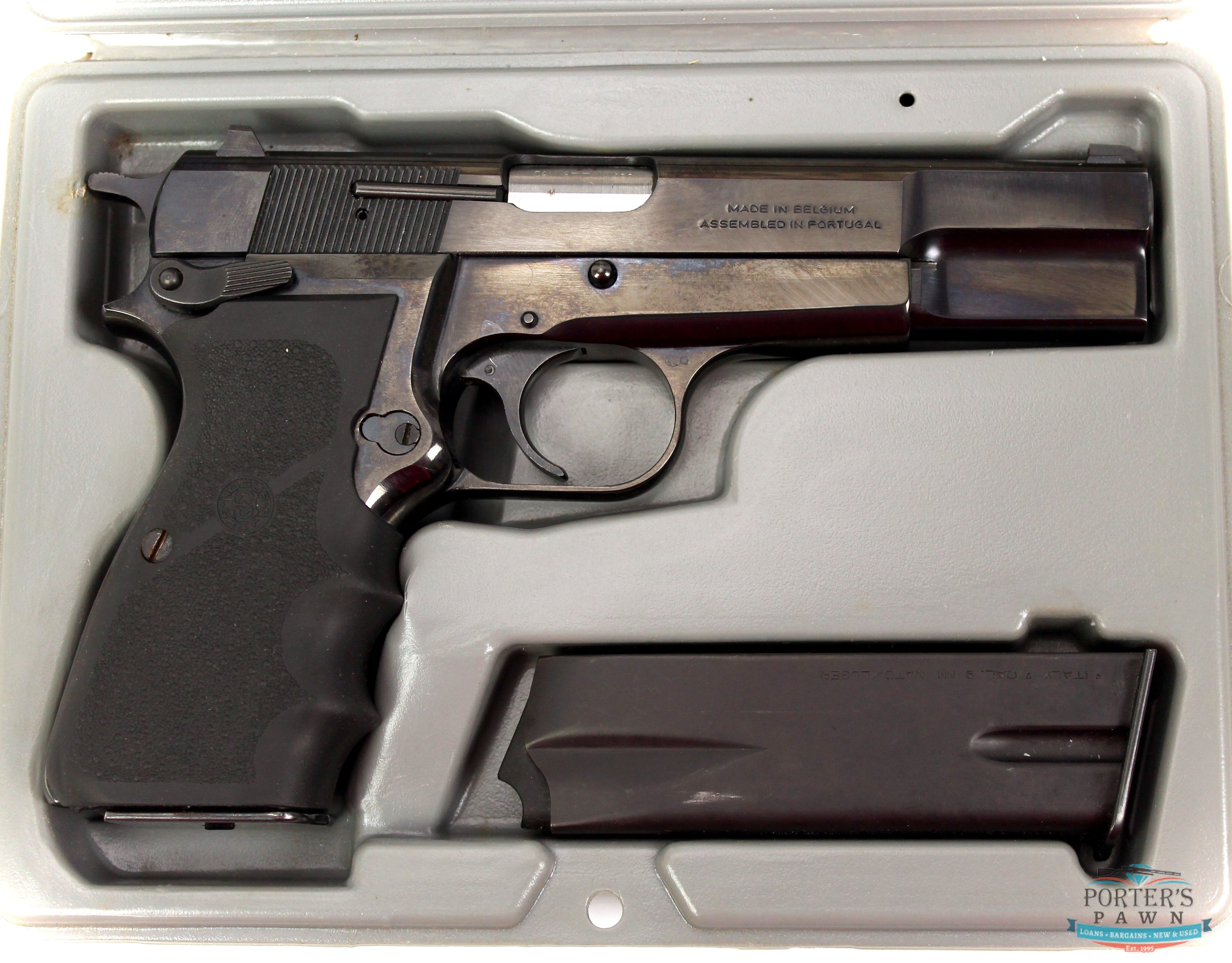 Browning Hi-Power 9mm Luger Pistol w/ Case-img-0