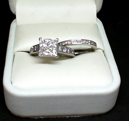 DIAMOND WEDDING SET -  INVISIBLE SET