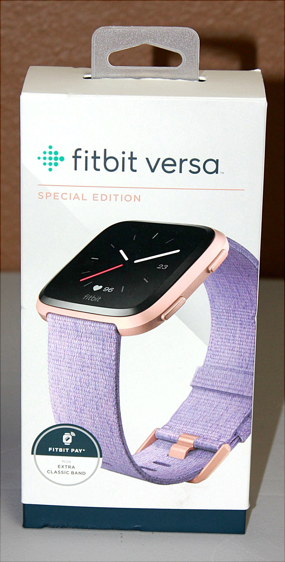 FITBIT VERSA SPECIAL EDITION LAVENDER ROSE GOLD IN BOX WITH EXTRAS
