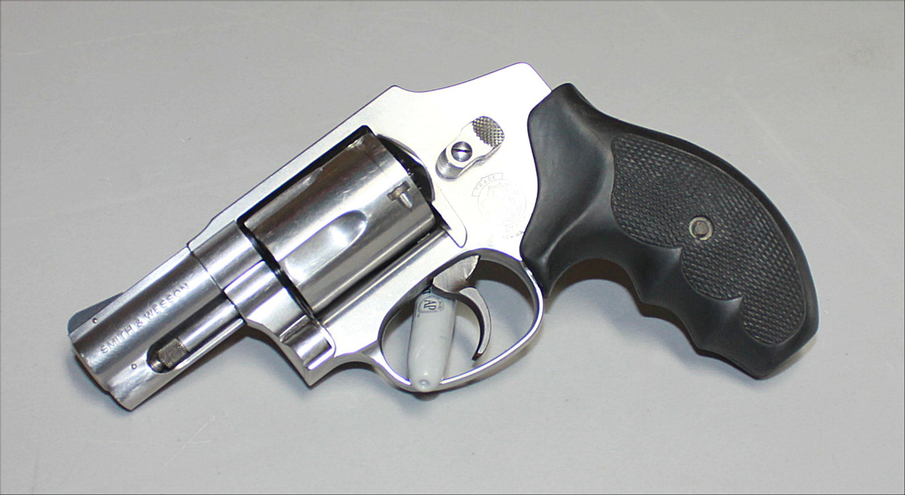 SMITH & WESSON 640-1 357 MAG REVOLVER