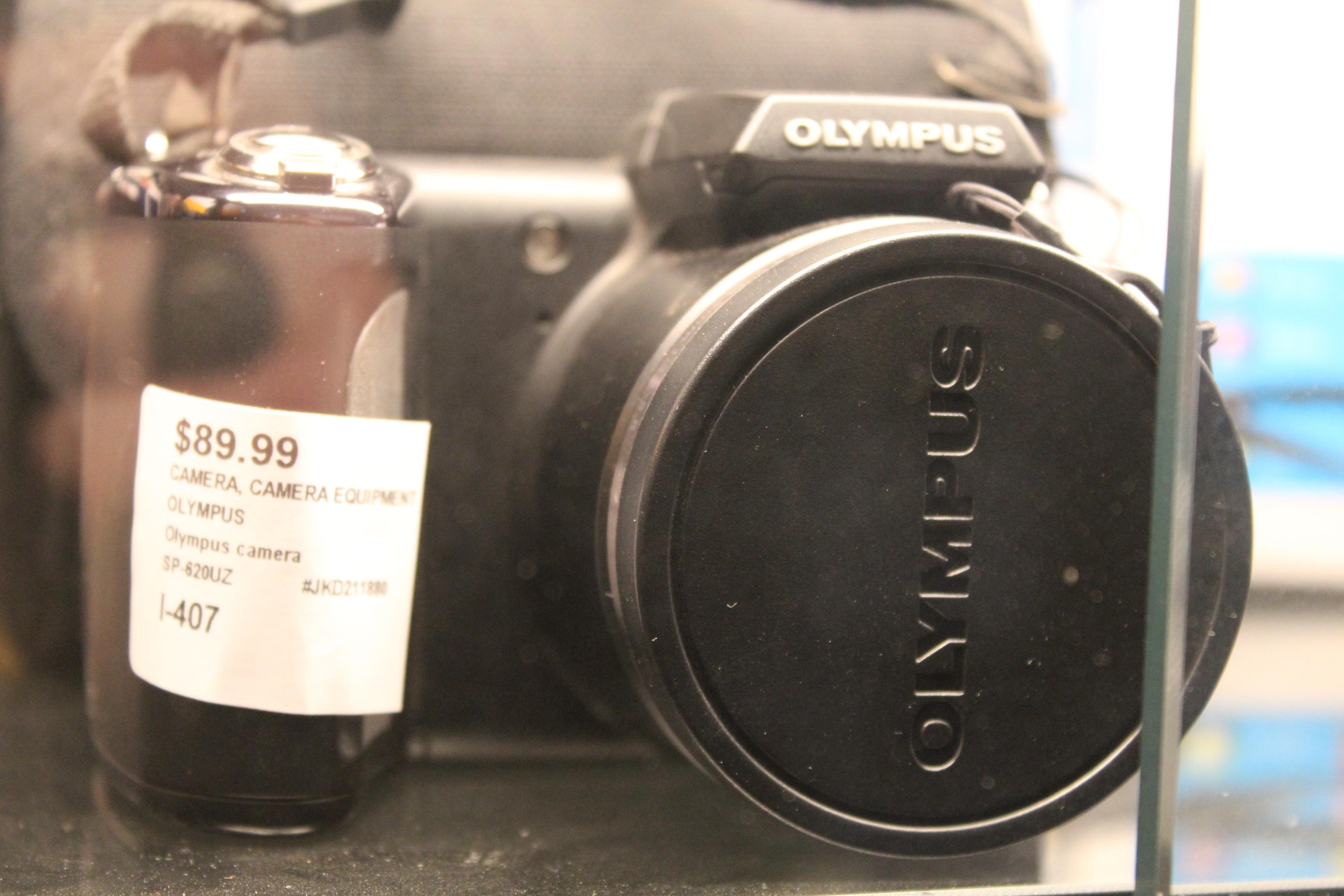 OLYMPUS - SP-620UZ - CAMERA