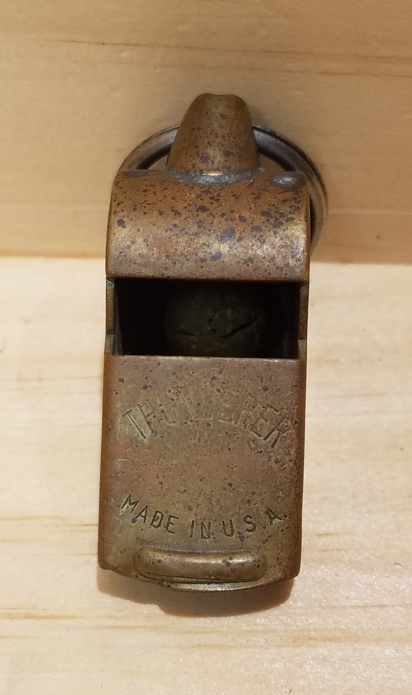 WWII WHISTLE  THUNDERER  SPORTING EQUIP