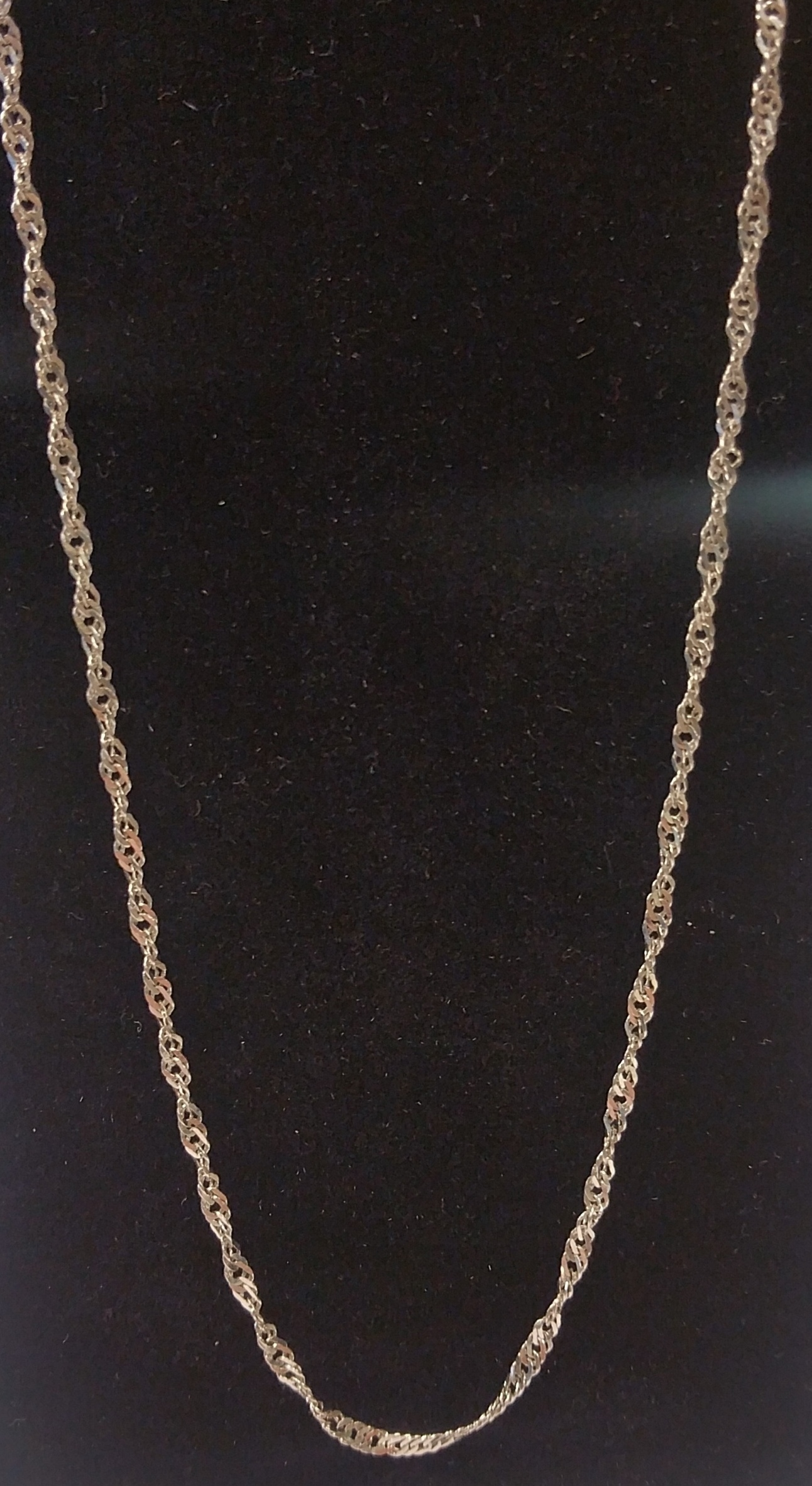 WHITE GOLD TWIST CHAIN