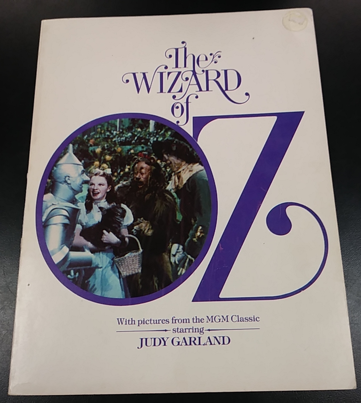 WIZARD OF OZ BOOK WITH PICTURES