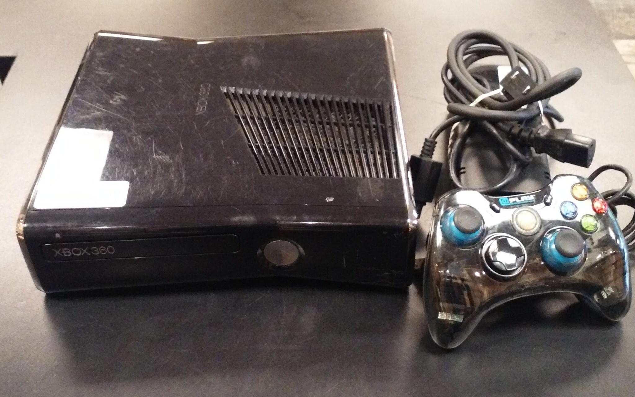 MICROSOFT - 1439 - XBOX 360 GAME SYSTEM