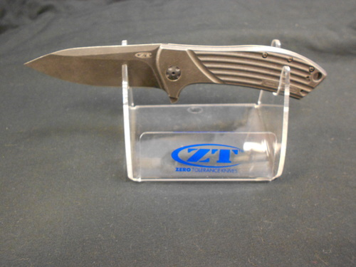 ZERO TOLERANCE 0801BW FOLDER KNIFE