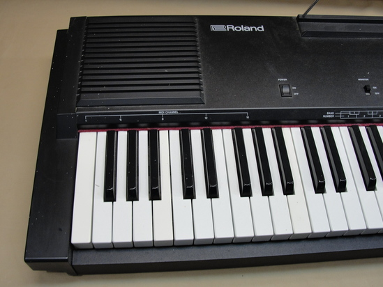 Roland Ep 50 Electric Digital Keyboard Piano 76 Semi