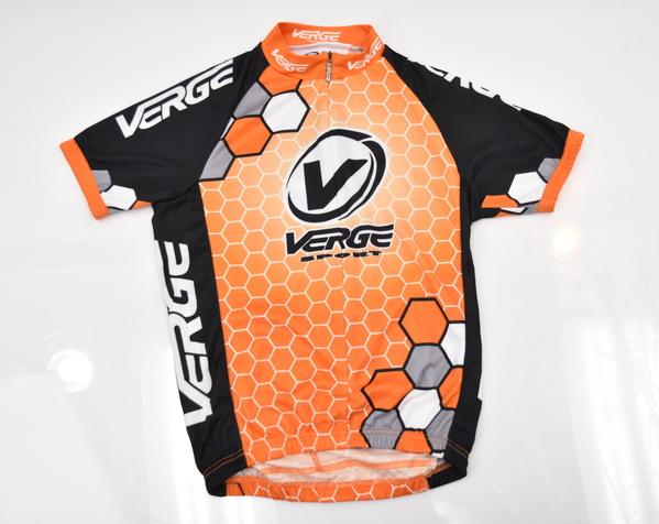 Verge Kid/'s Short ST Black//Orange XS Brand New